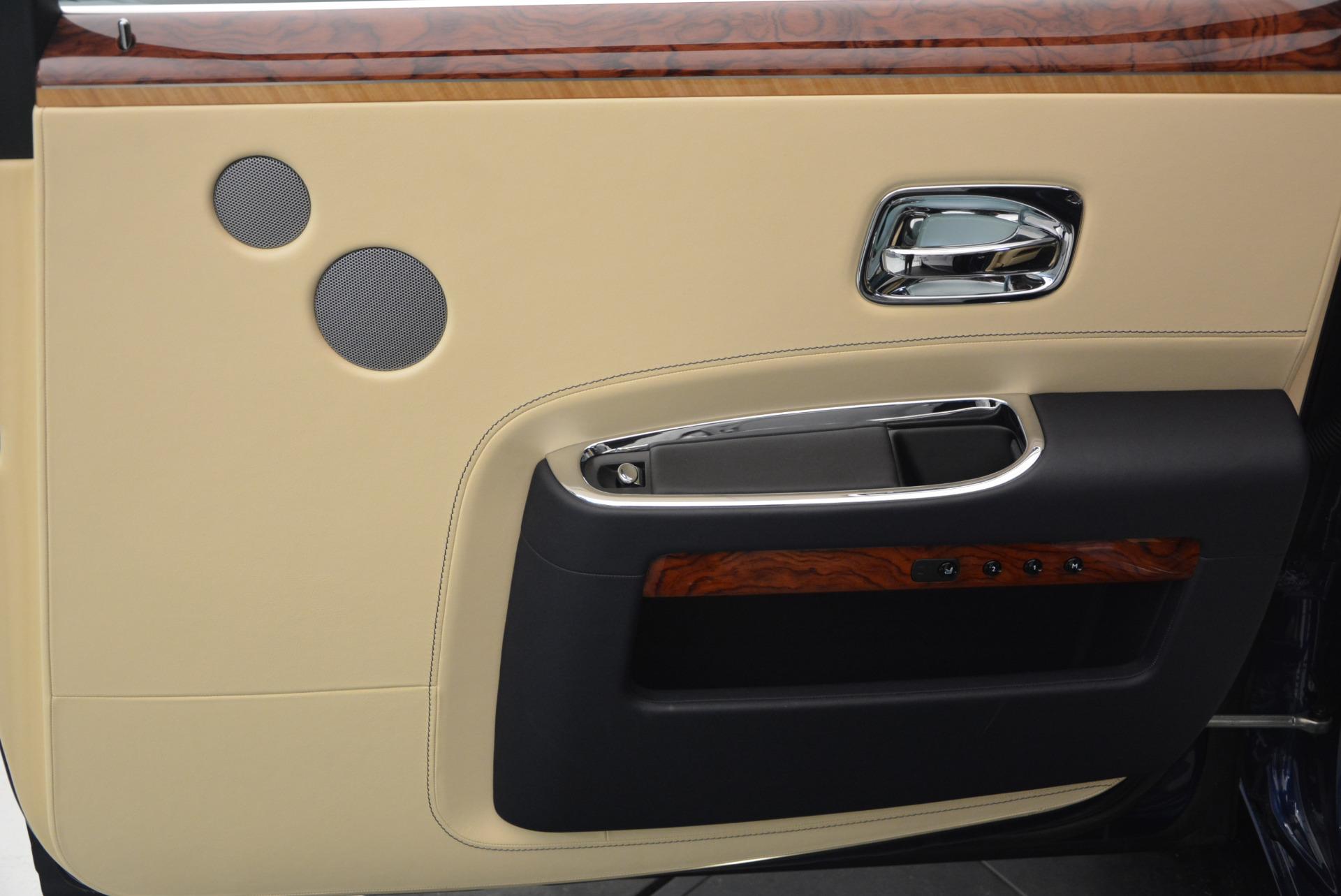Used 2016 Rolls-Royce Ghost EWB For Sale In Westport, CT 746_p36