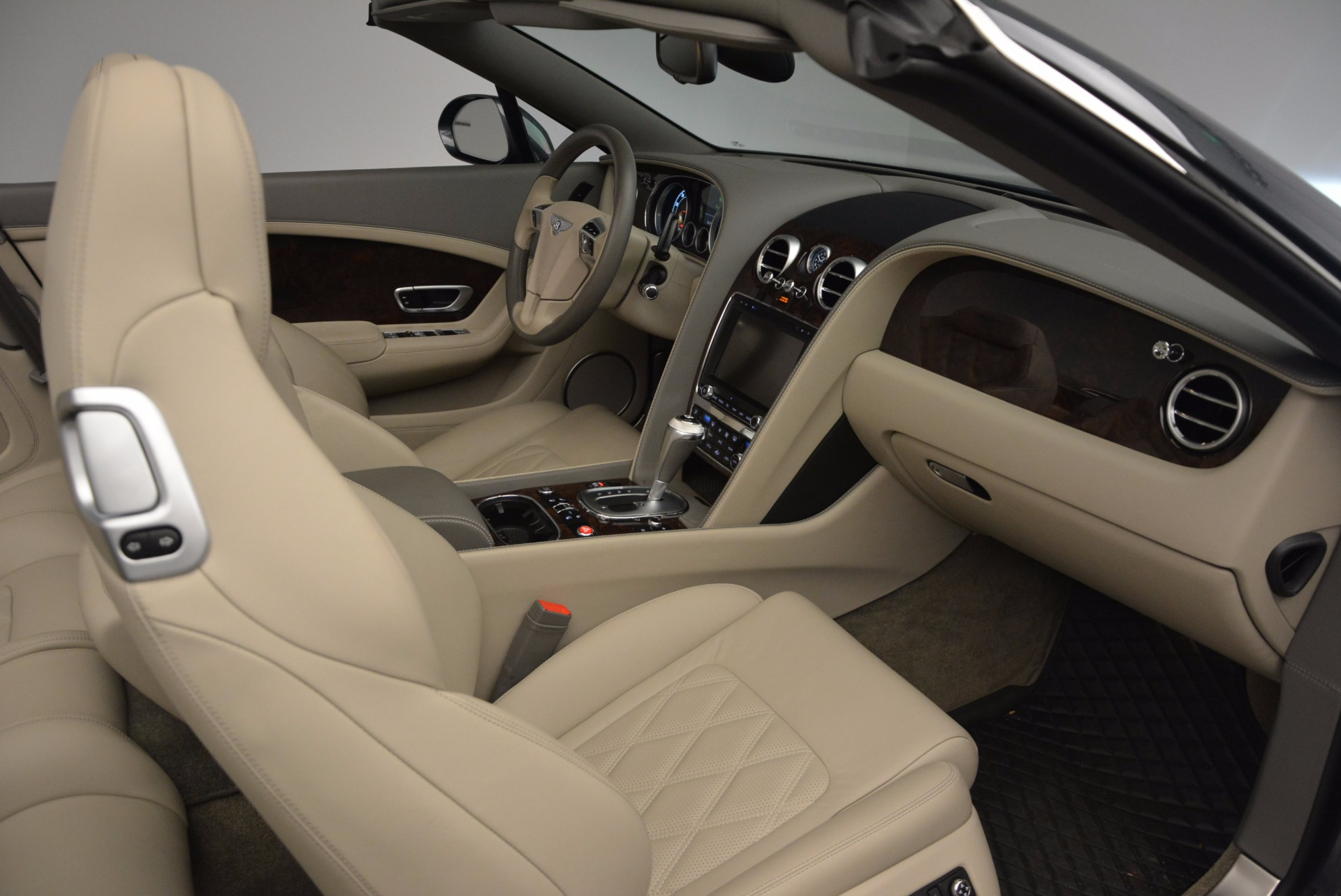Used 2014 Bentley Continental GT V8 For Sale In Westport, CT 753_p51
