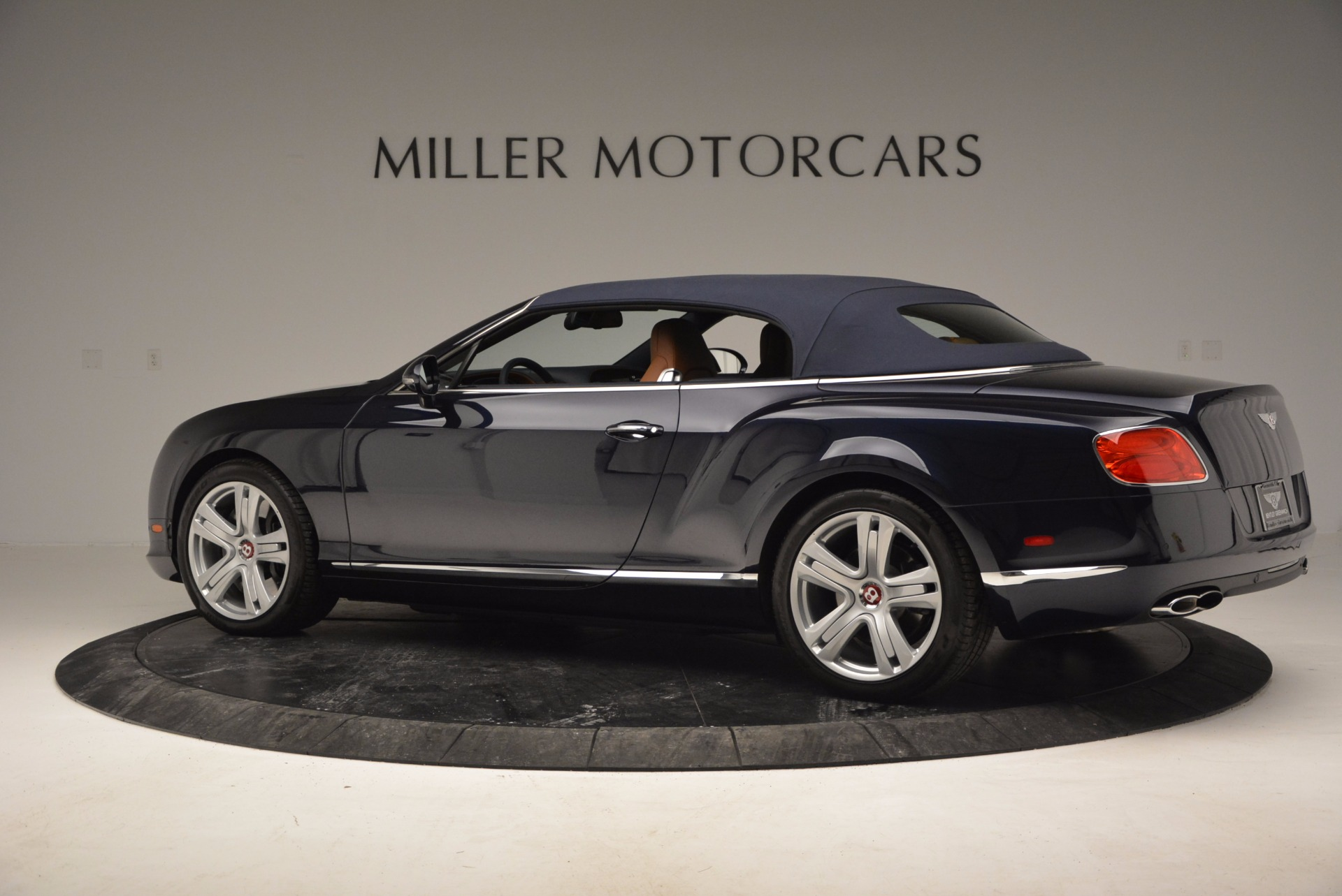 Used 2014 Bentley Continental GT V8 For Sale In Westport, CT 754_p16