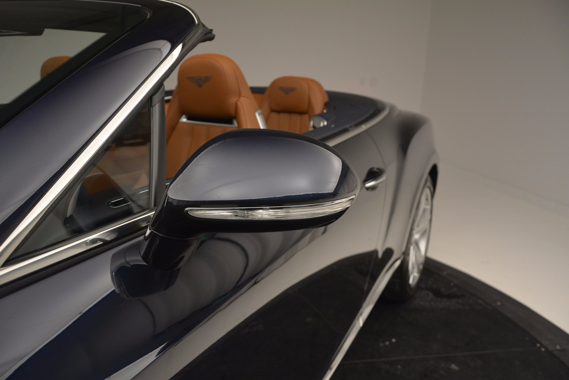 Used 2014 Bentley Continental GT V8 For Sale In Westport, CT 754_p31
