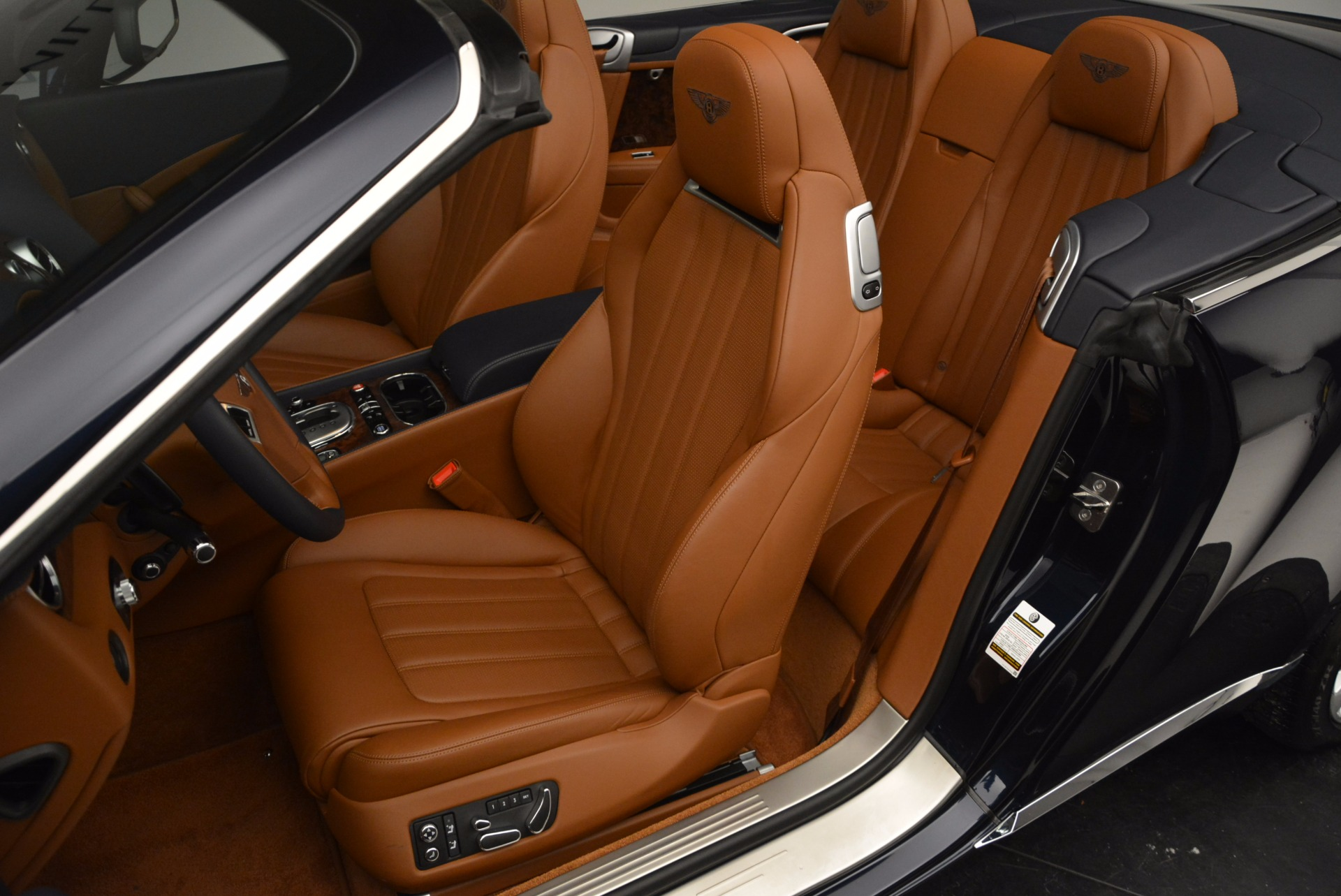 Used 2014 Bentley Continental GT V8 For Sale In Westport, CT 754_p33