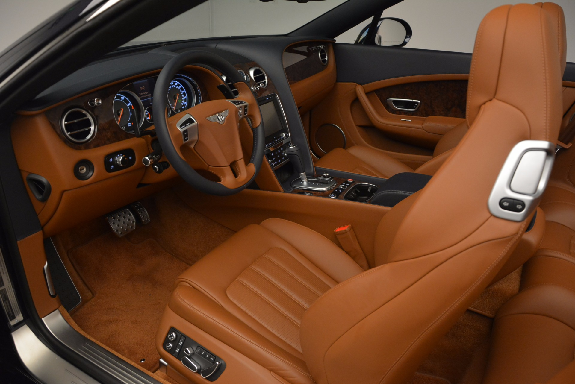 Used 2014 Bentley Continental GT V8 For Sale In Westport, CT 754_p35