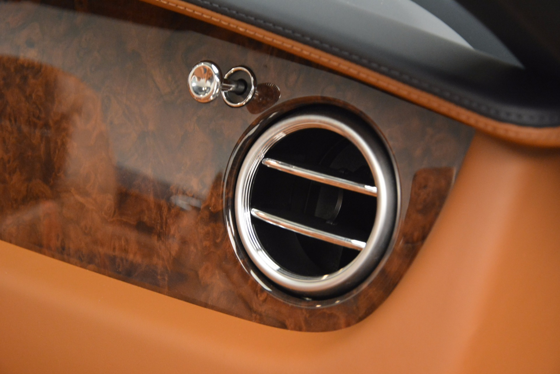 Used 2014 Bentley Continental GT V8 For Sale In Westport, CT 754_p46