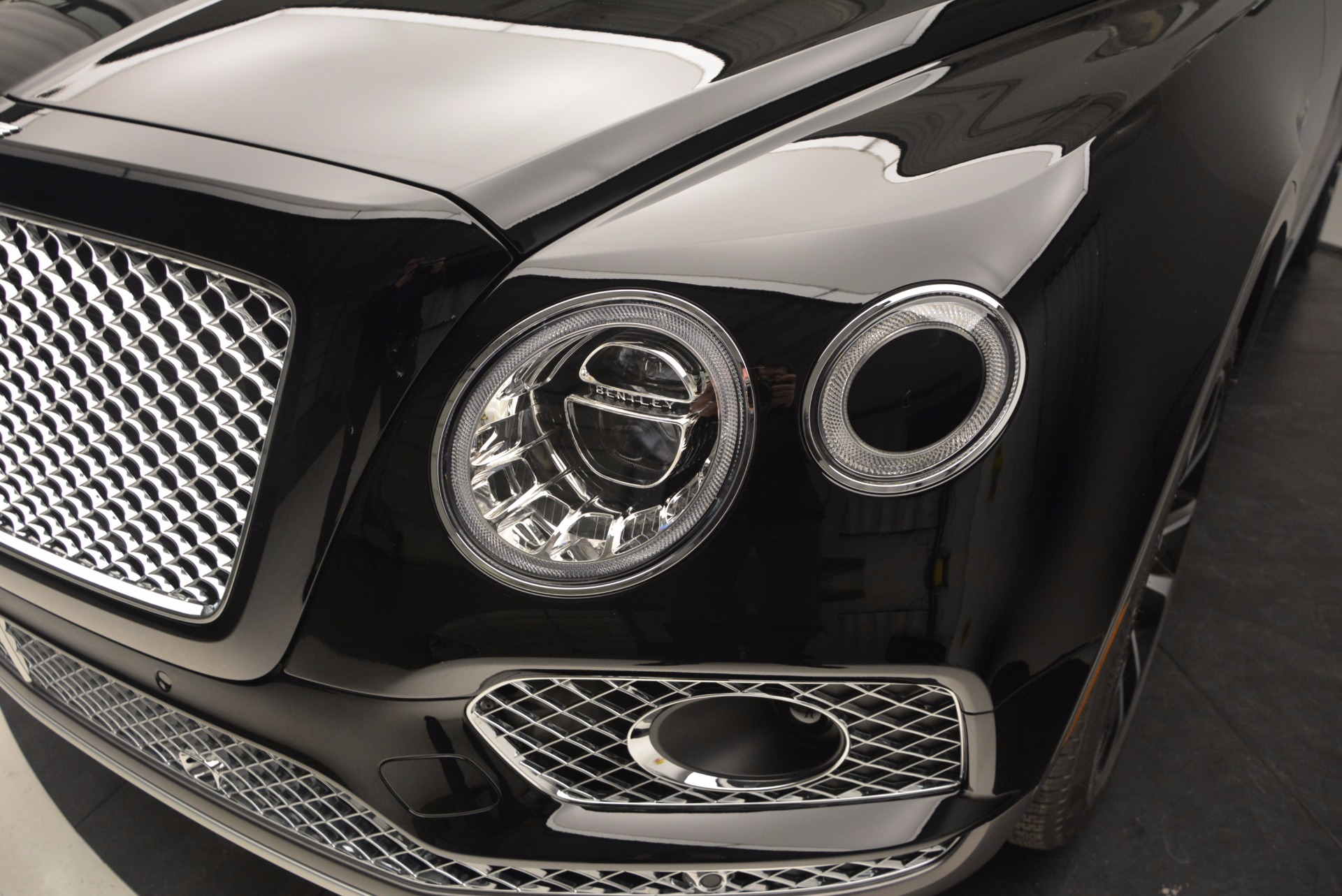 New 2017 Bentley Bentayga  For Sale In Westport, CT 757_p14