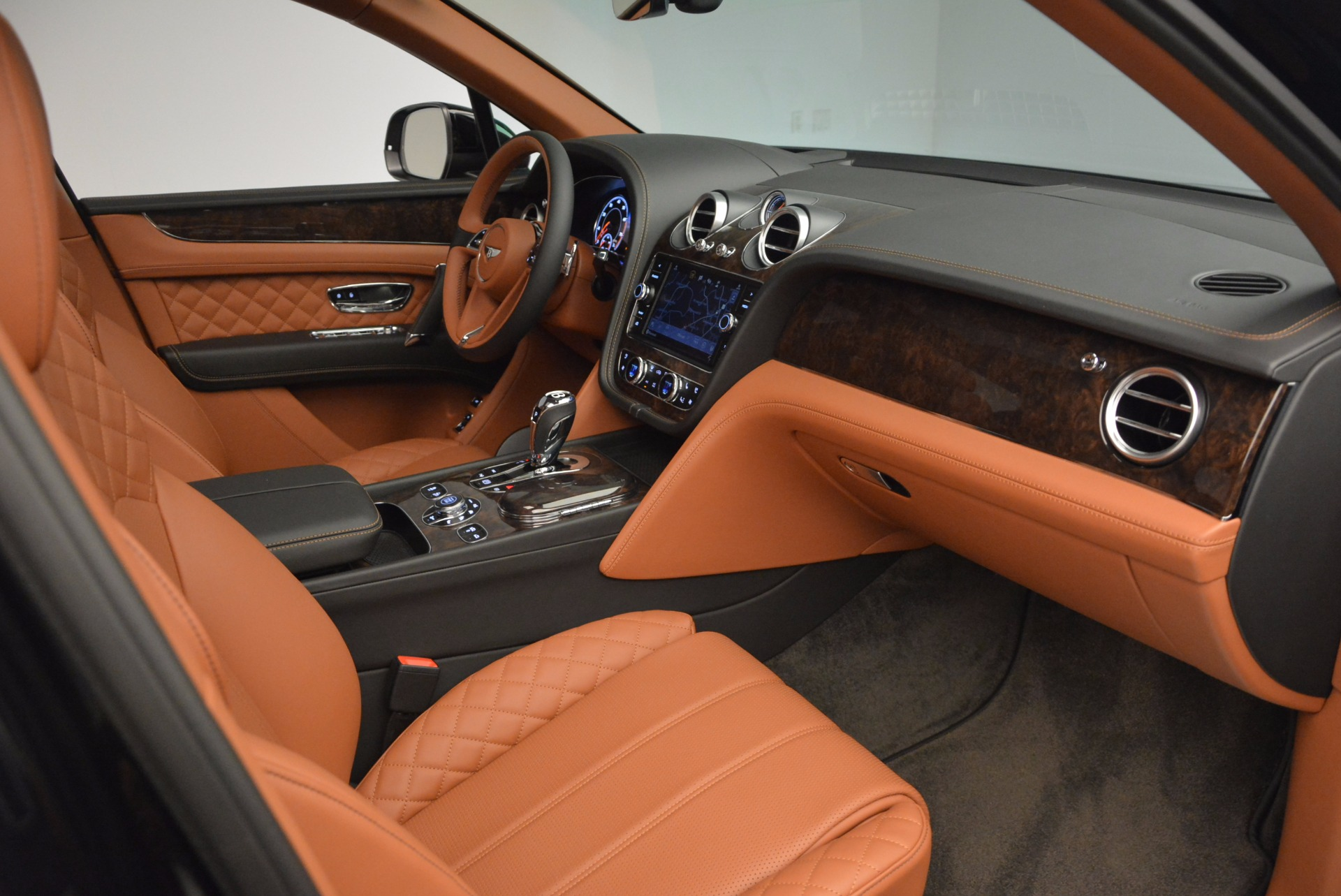 New 2017 Bentley Bentayga  For Sale In Westport, CT 757_p44