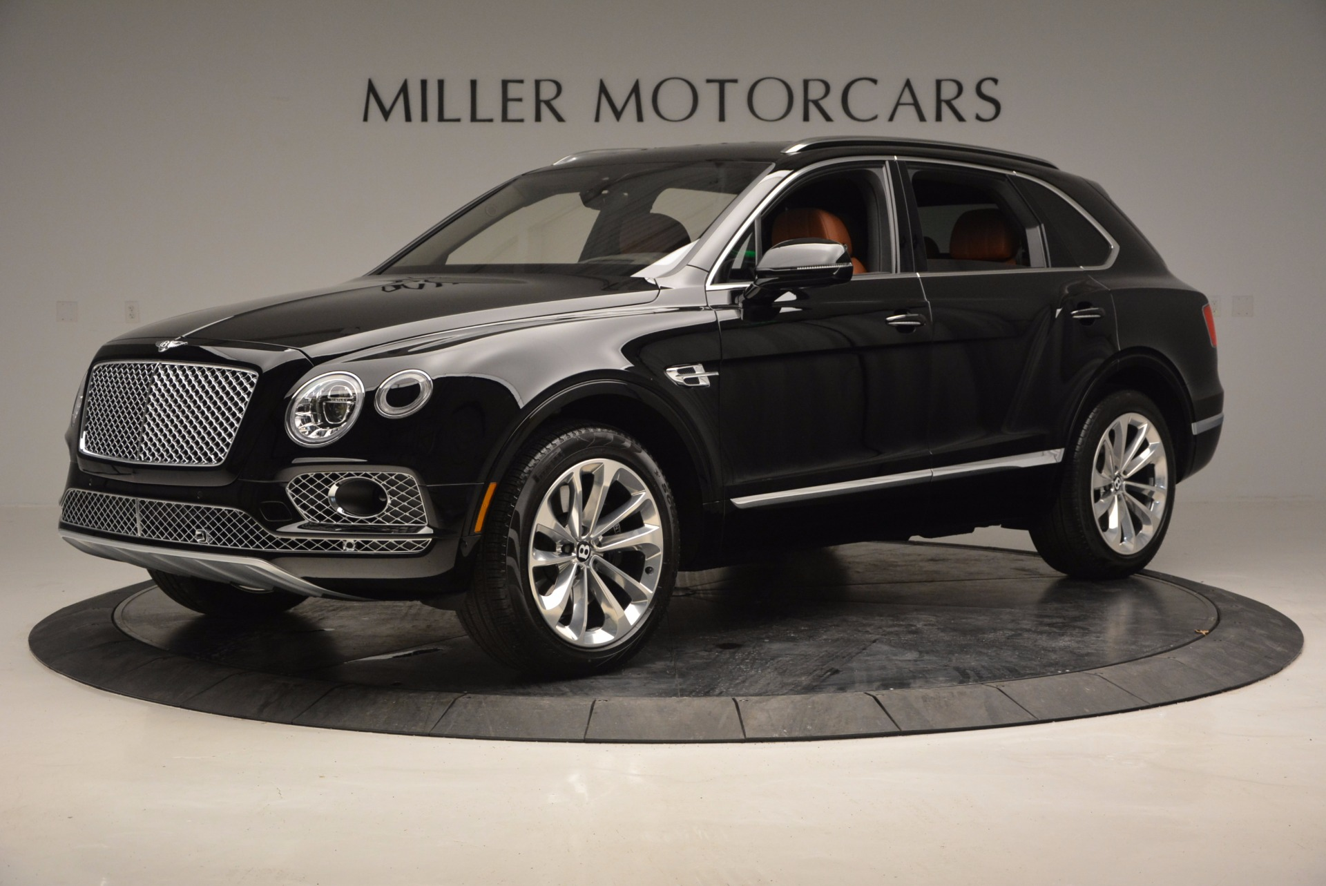 Used 2017 Bentley Bentayga  For Sale In Westport, CT 758_p2