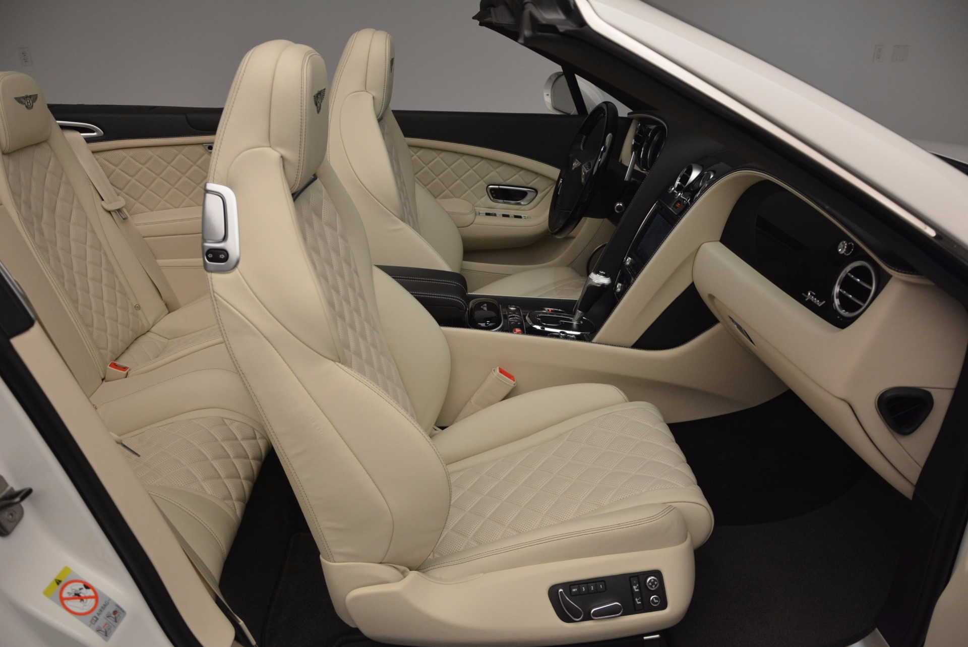 New 2017 Bentley Continental GT Speed Convertible  For Sale In Westport, CT 761_p44
