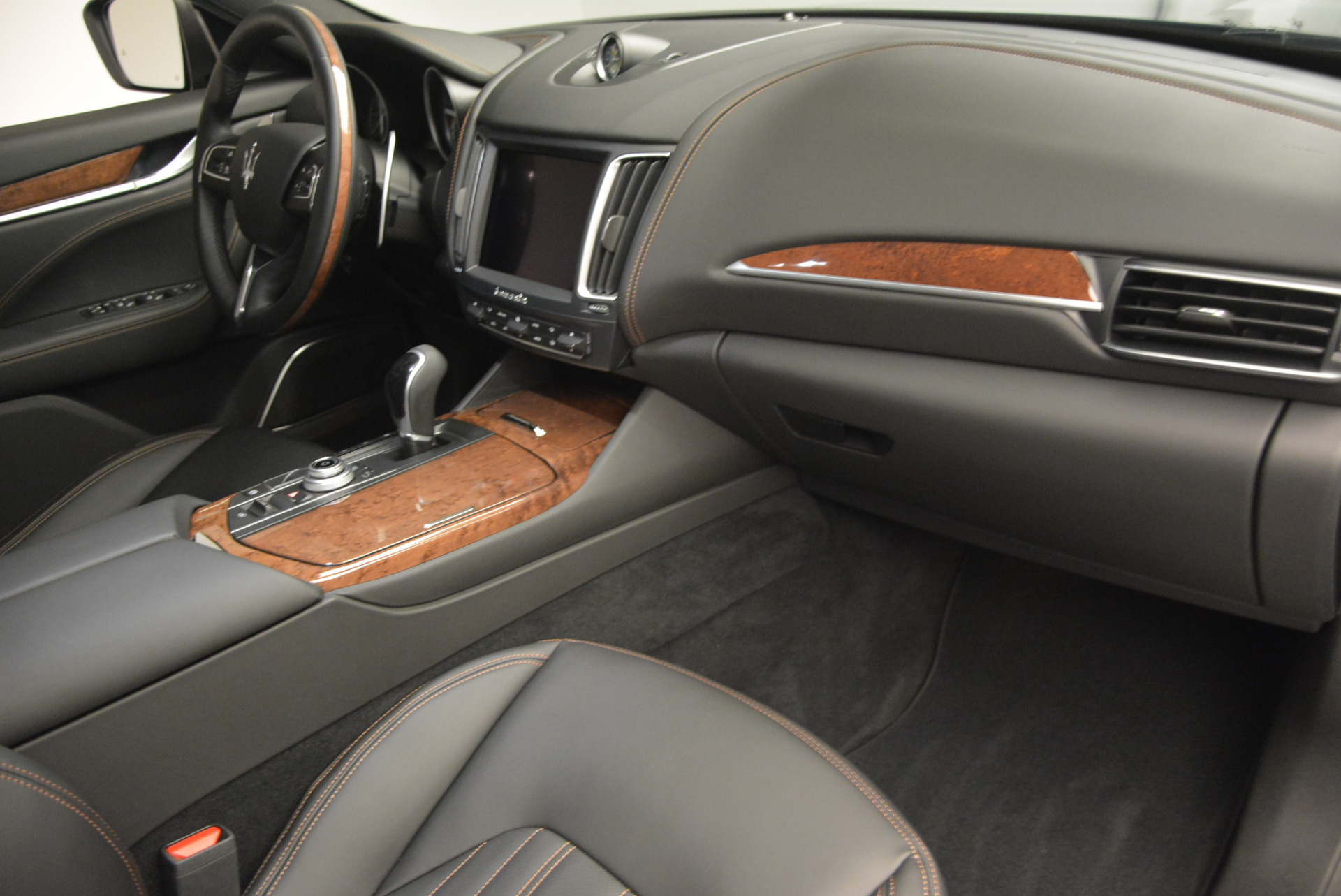 Used 2017 Maserati Levante S Ex Service Loaner For Sale In Westport, CT 764_p23