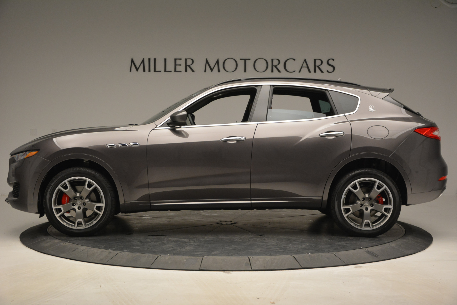New 2017 Maserati Levante  For Sale In Westport, CT 765_p3