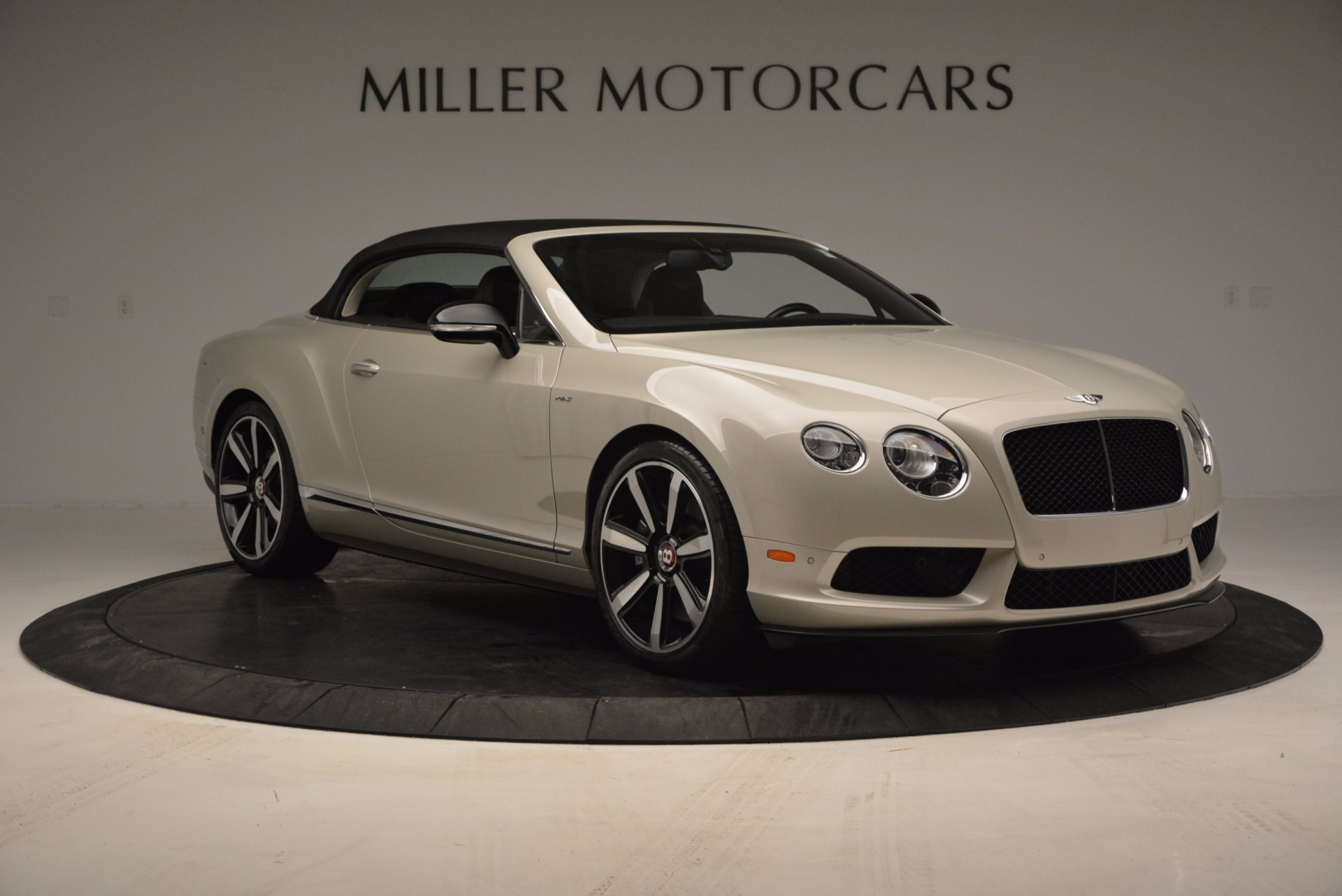 Used 2014 Bentley Continental GT V8 S For Sale In Westport, CT 774_p24
