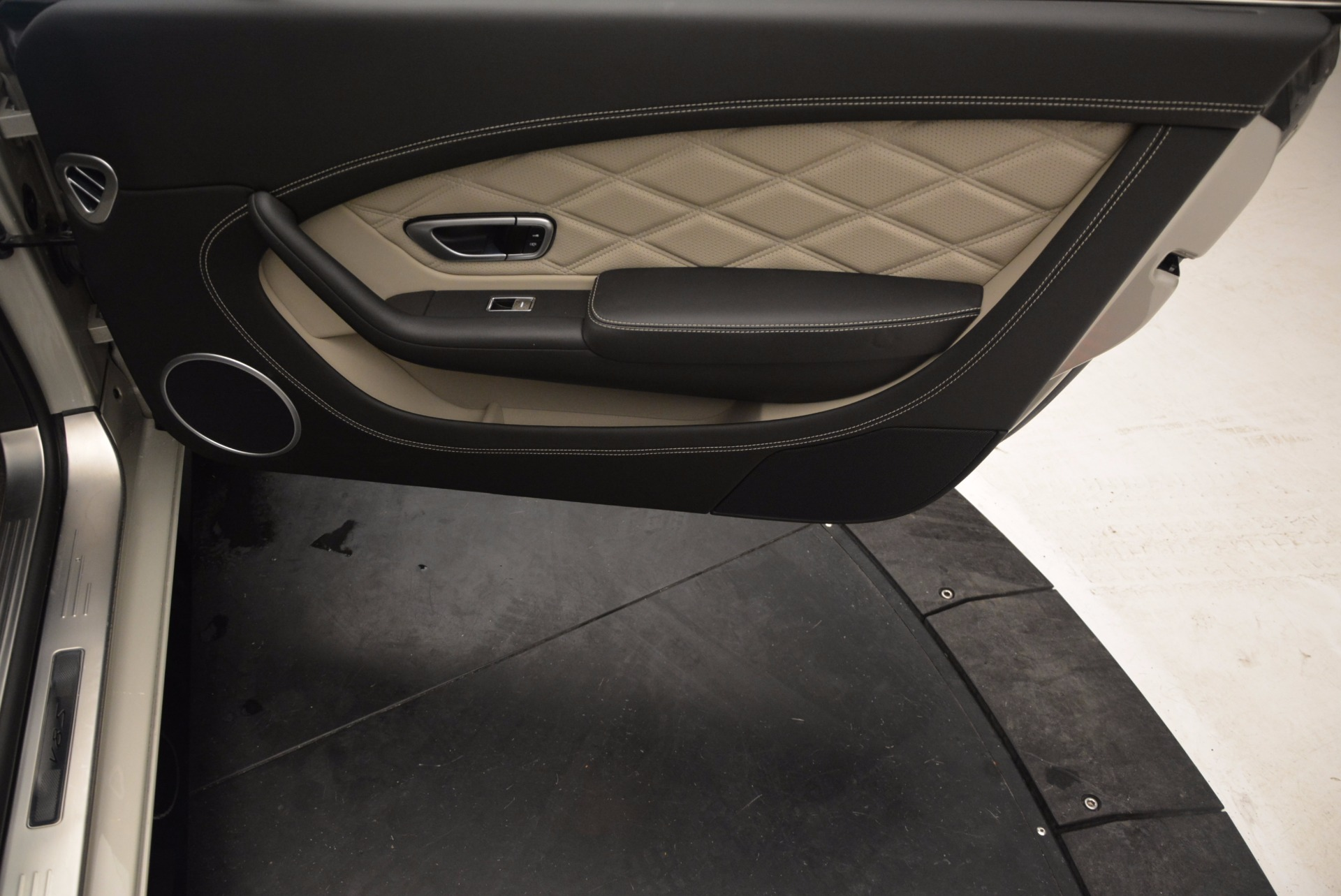 Used 2014 Bentley Continental GT V8 S For Sale In Westport, CT 774_p47