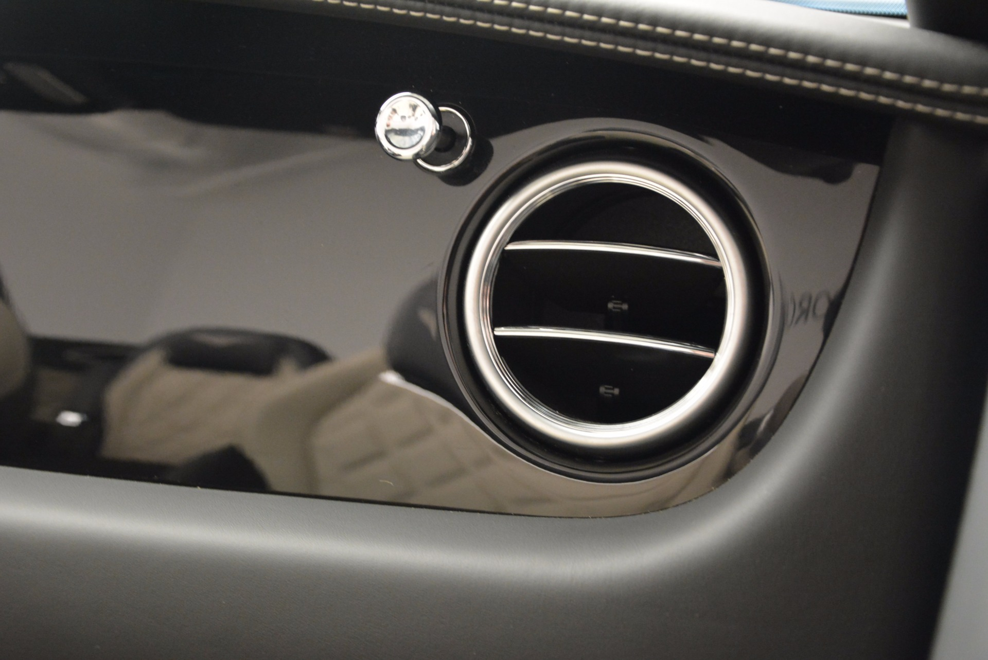 Used 2014 Bentley Continental GT V8 S For Sale In Westport, CT 774_p58
