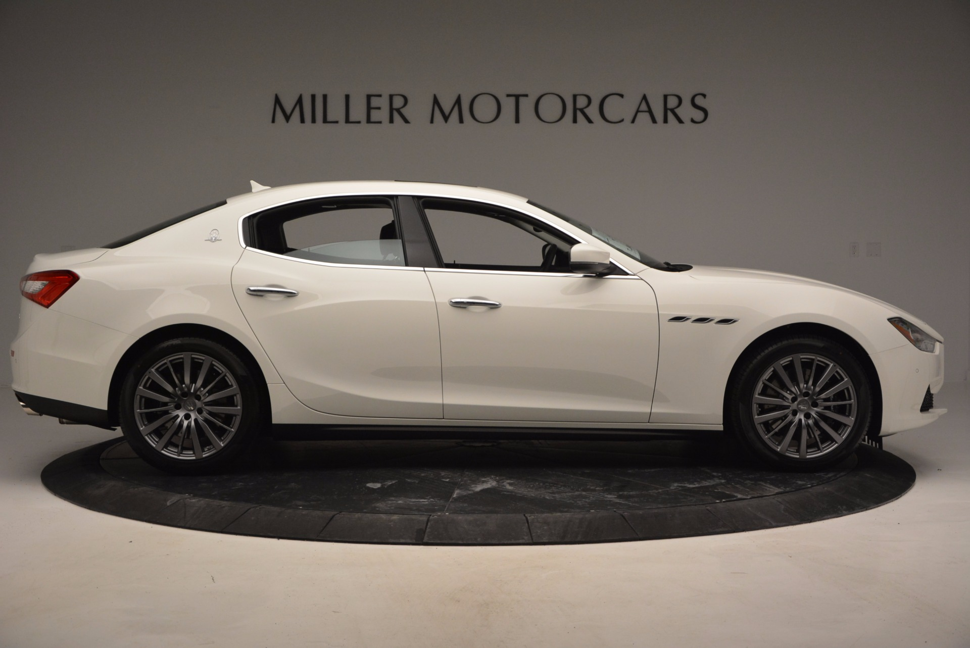 Used 2017 Maserati Ghibli S Q4 Ex-Loaner For Sale In Westport, CT 783_p9