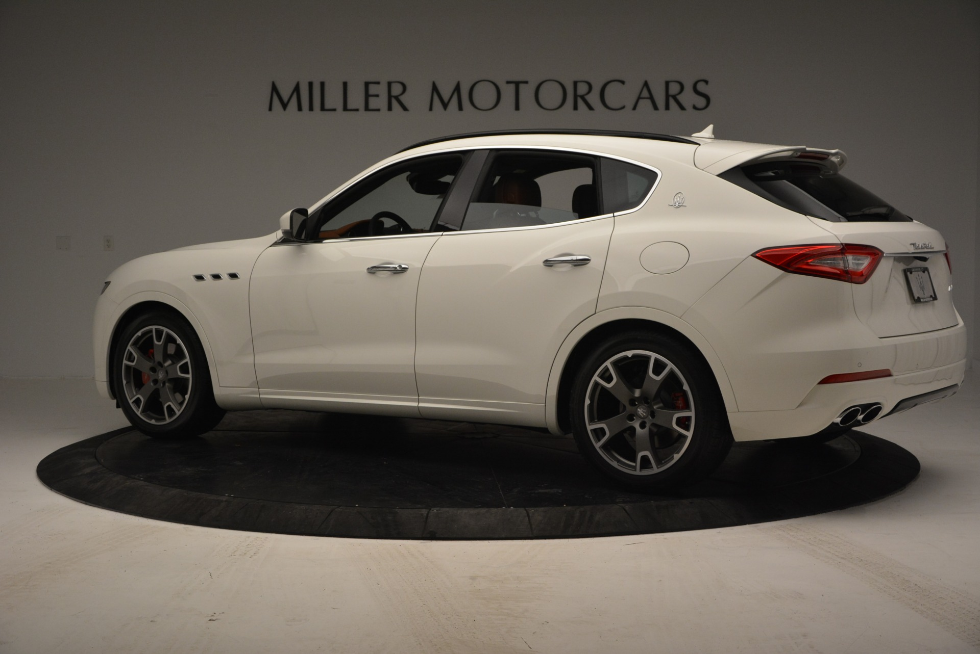 New 2017 Maserati Levante  For Sale In Westport, CT 785_p4