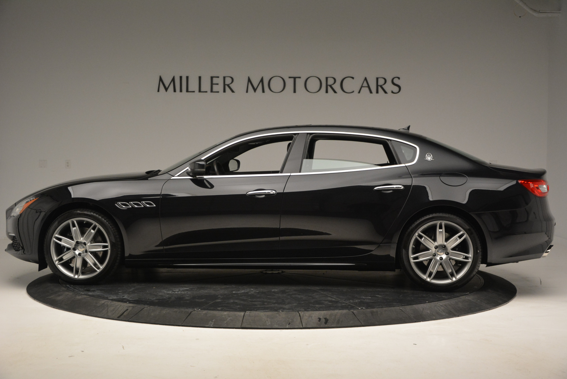 New 2017 Maserati Quattroporte S Q4 GranLusso For Sale In Westport, CT 793_p3