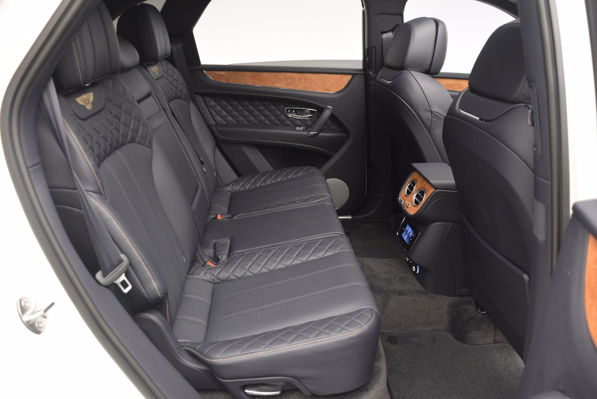 New 2017 Bentley Bentayga  For Sale In Westport, CT 794_p44