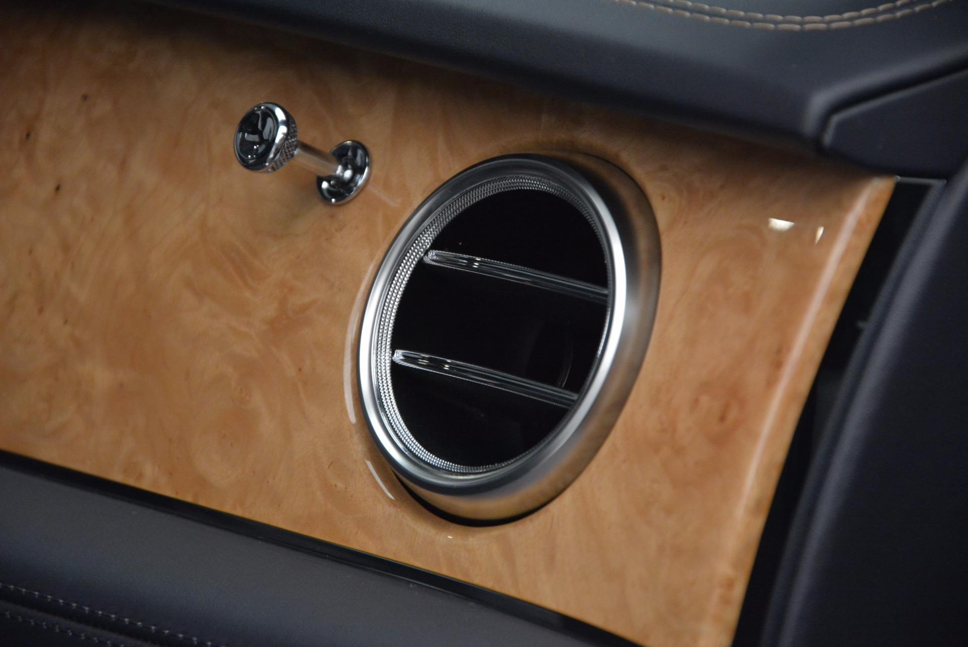 New 2017 Bentley Bentayga  For Sale In Westport, CT 794_p52