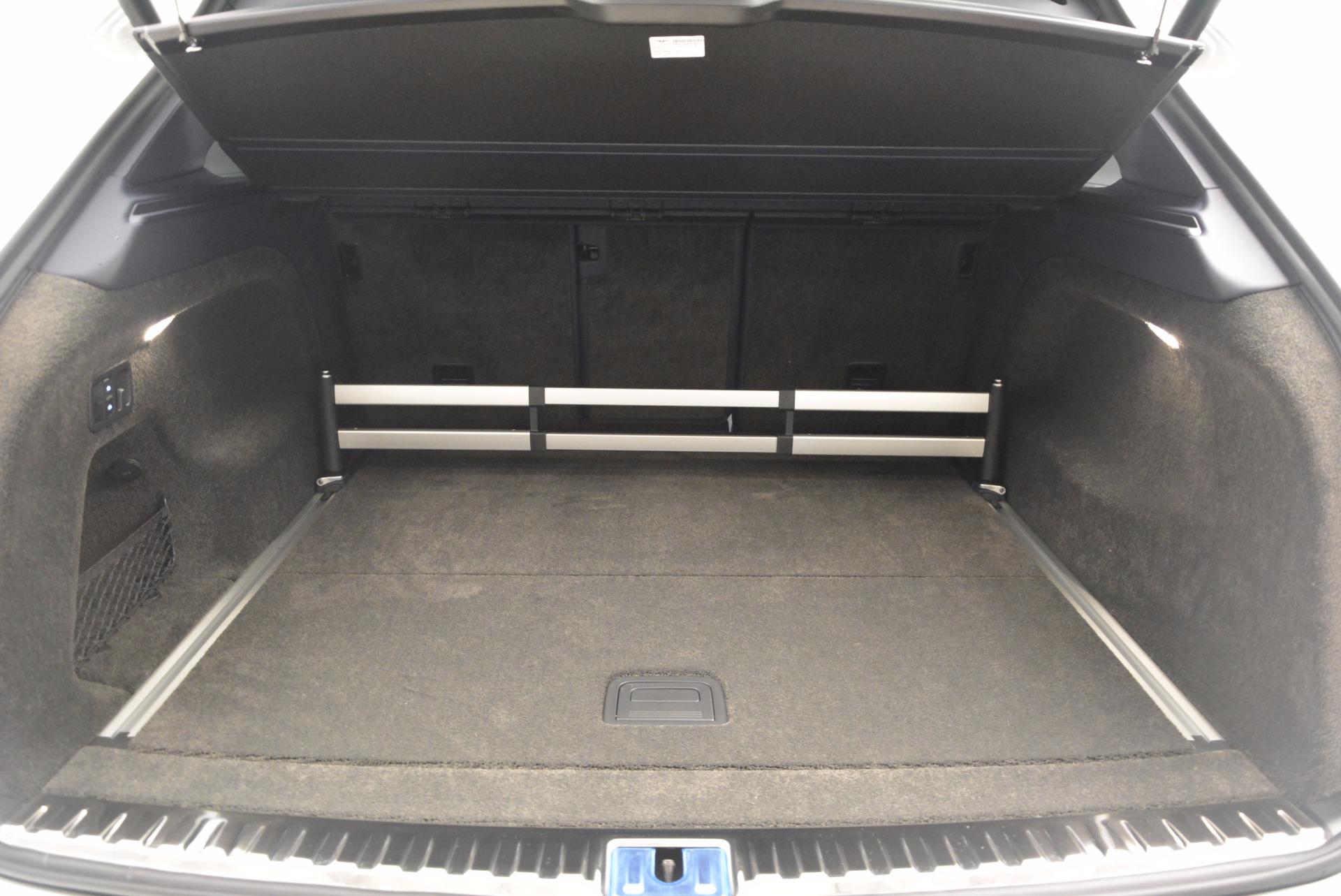 New 2017 Bentley Bentayga  For Sale In Westport, CT 794_p53