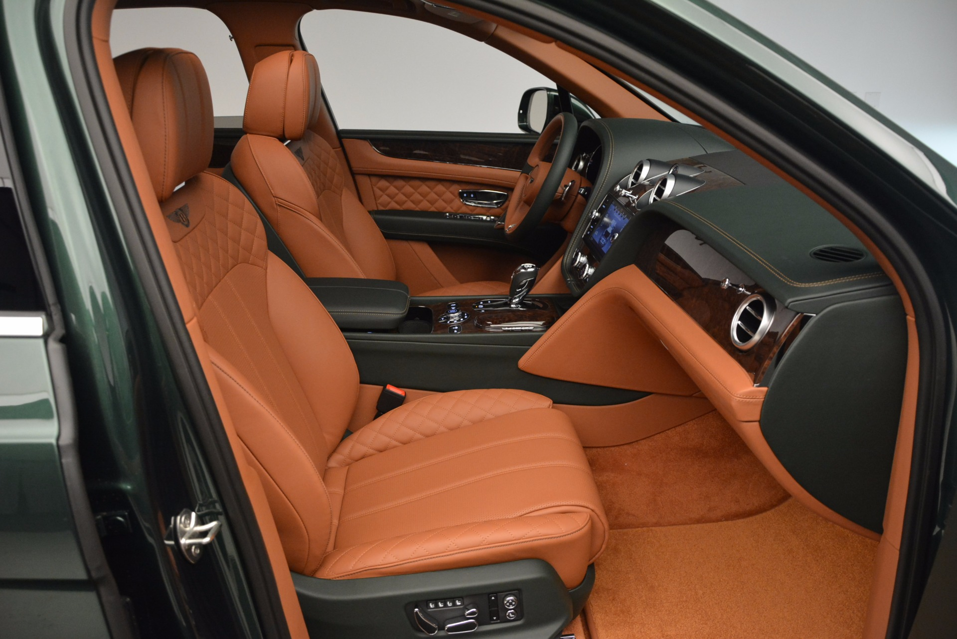 New 2017 Bentley Bentayga  For Sale In Westport, CT 796_p41