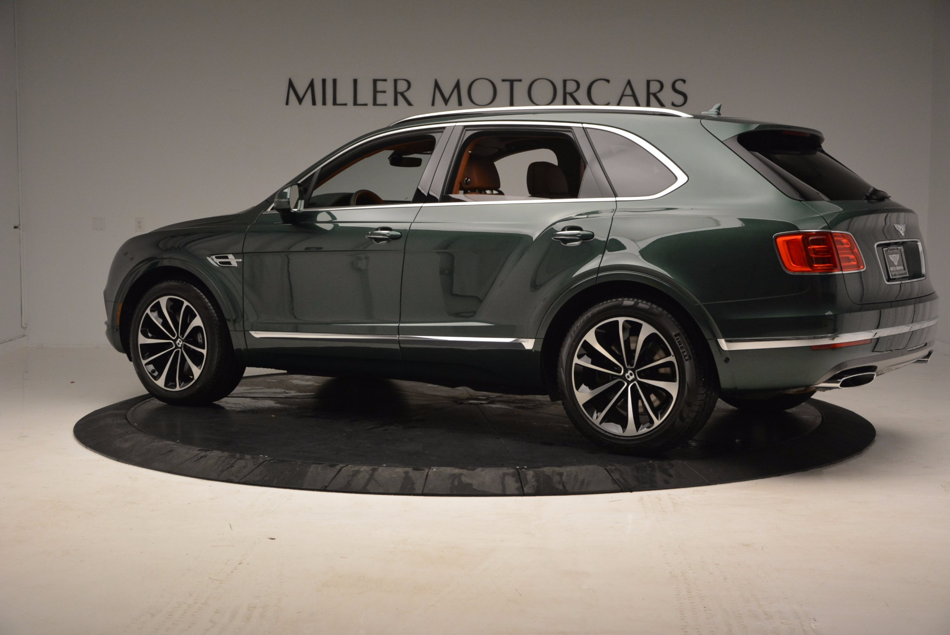 New 2017 Bentley Bentayga  For Sale In Westport, CT 796_p4