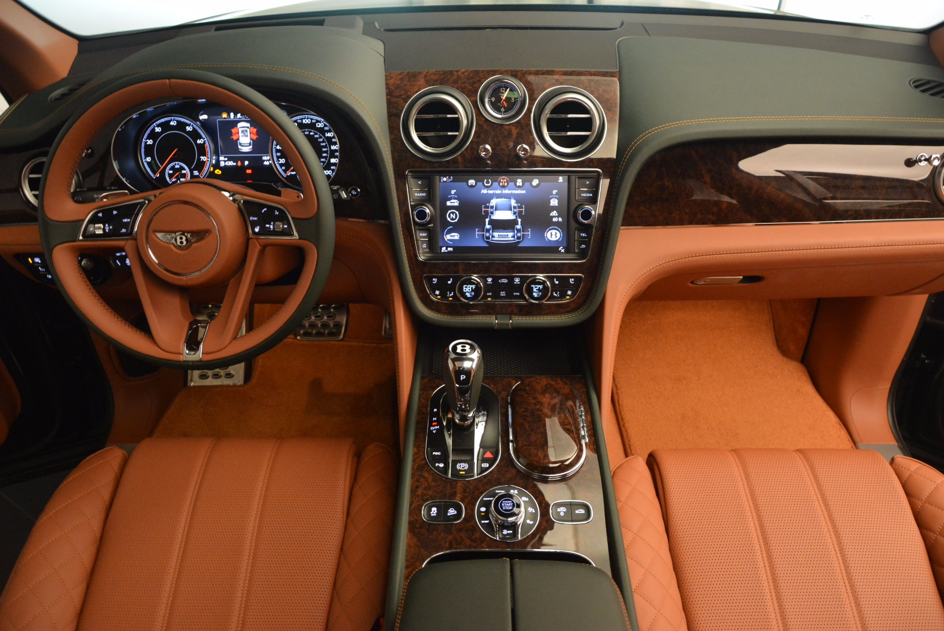 New 2017 Bentley Bentayga  For Sale In Westport, CT 796_p50