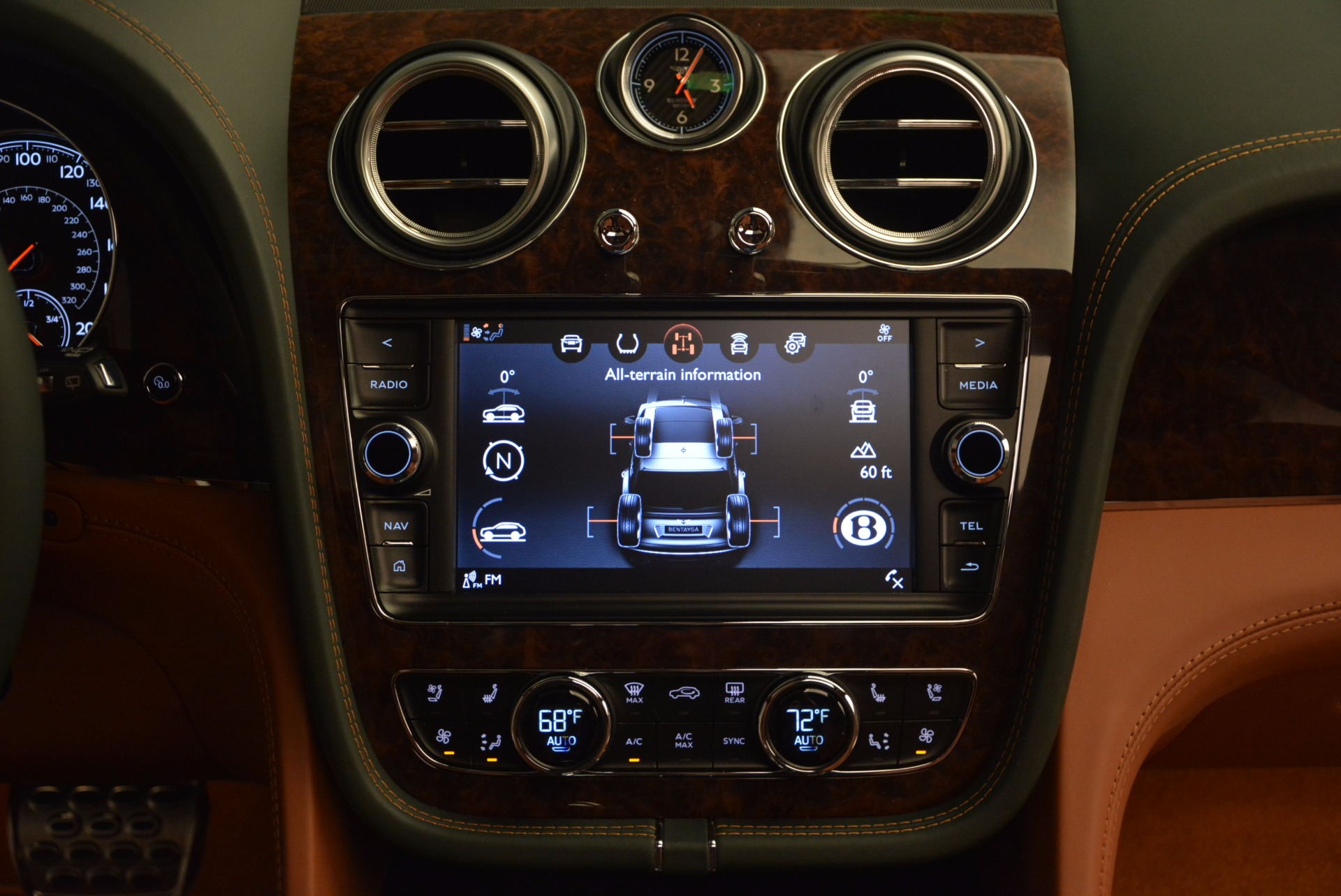 New 2017 Bentley Bentayga  For Sale In Westport, CT 796_p51