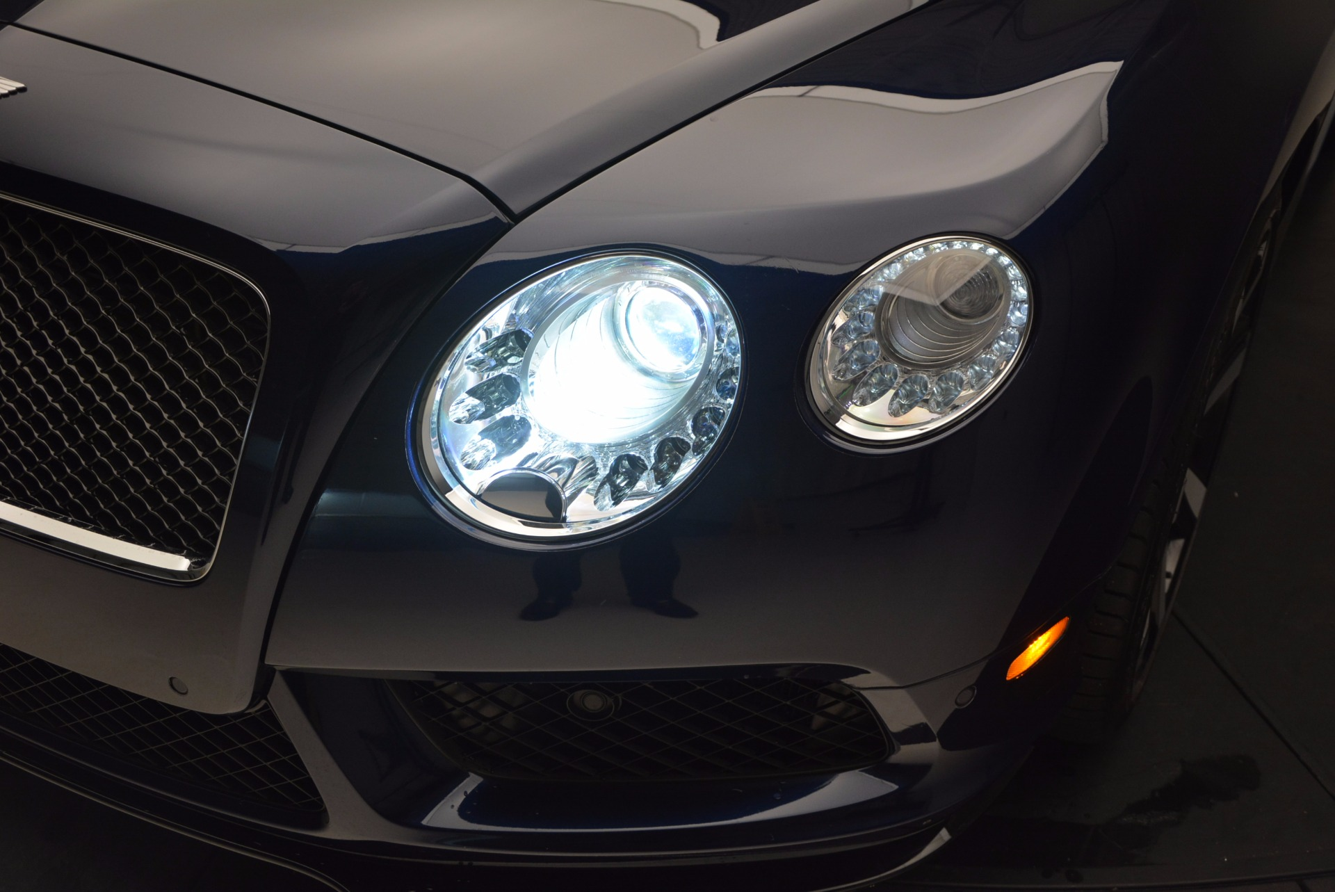 Used 2015 Bentley Continental GT V8 S For Sale In Westport, CT 798_p18