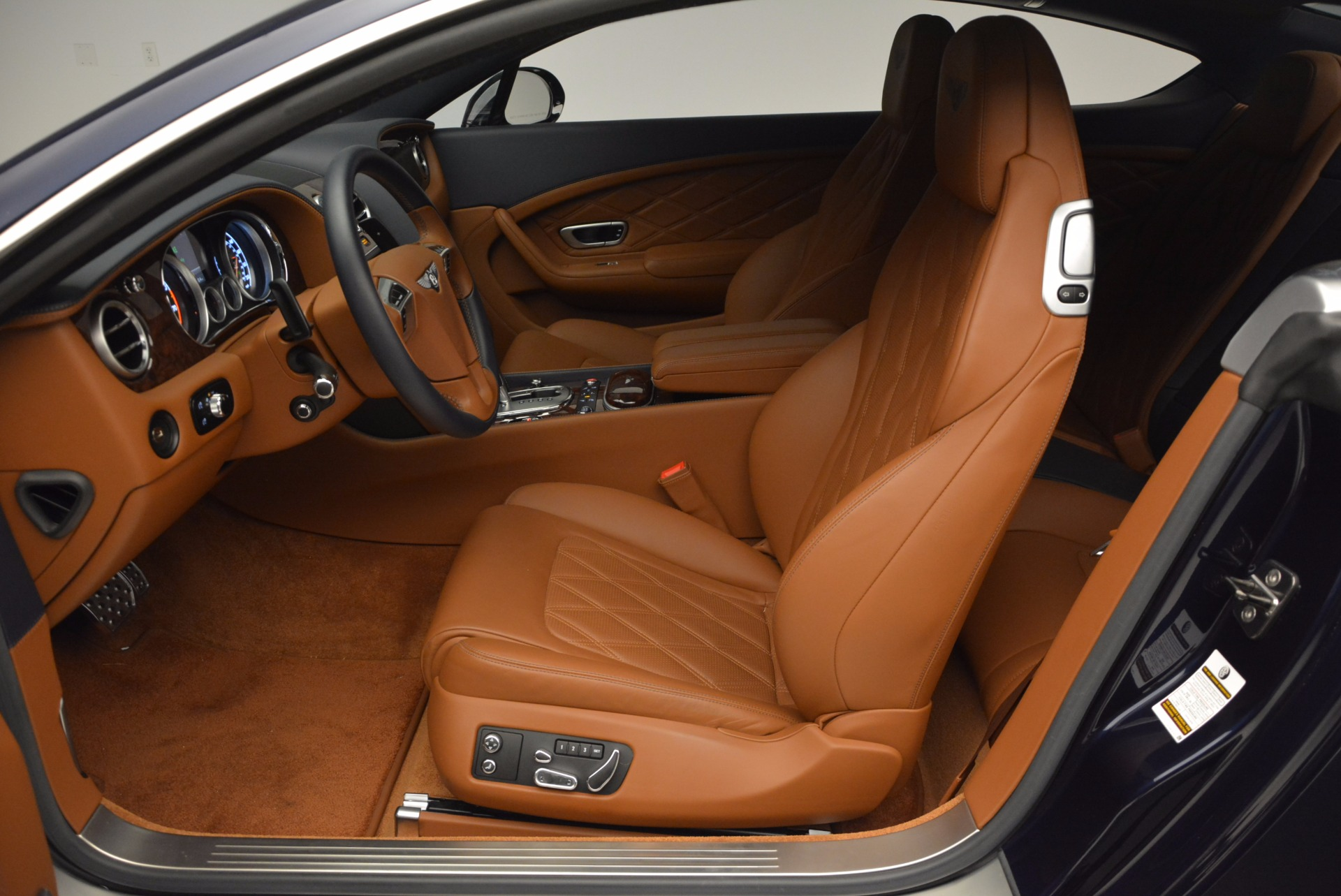 Used 2015 Bentley Continental GT V8 S For Sale In Westport, CT 798_p22