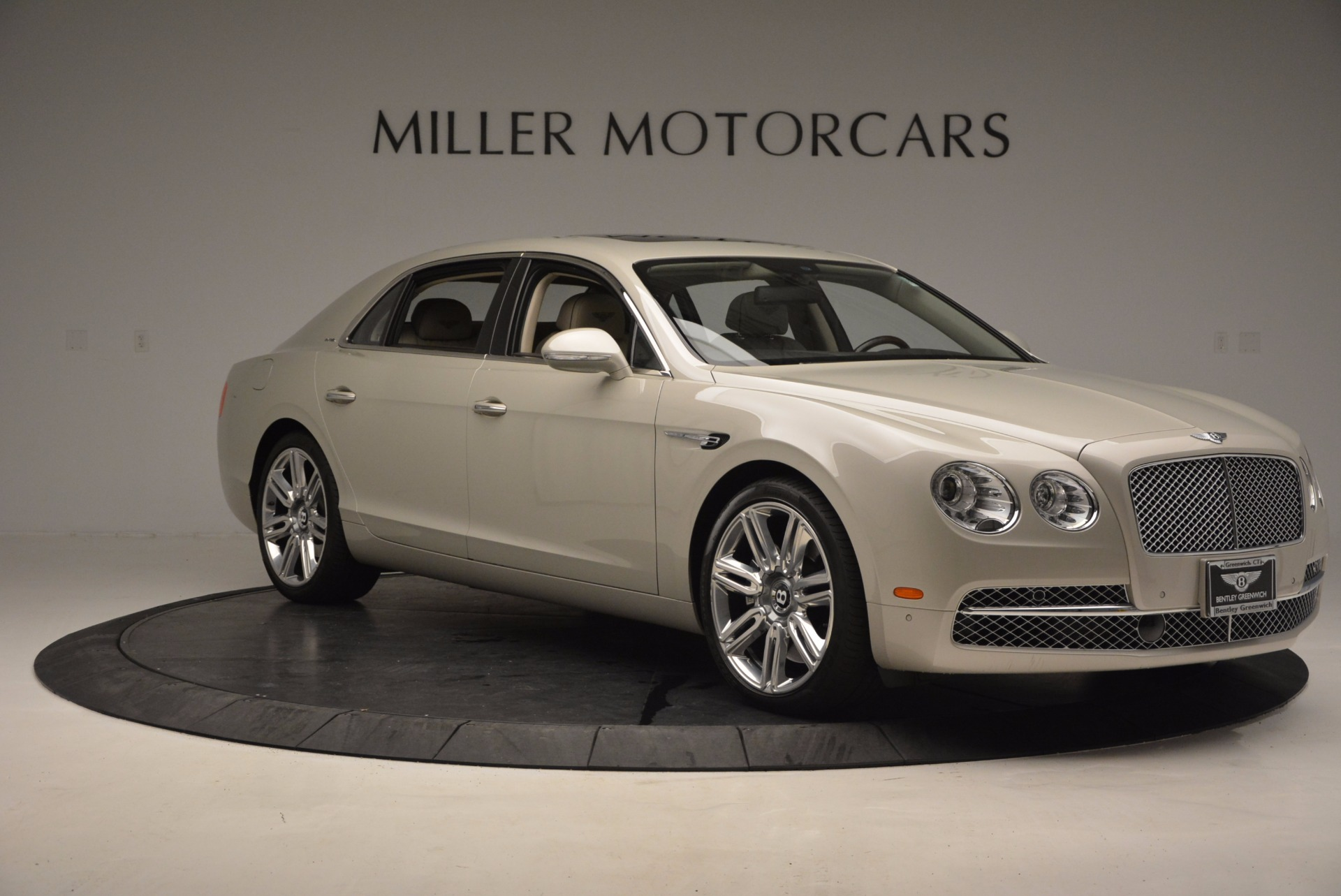 Used 2016 Bentley Flying Spur W12  For Sale In Westport, CT 804_p12