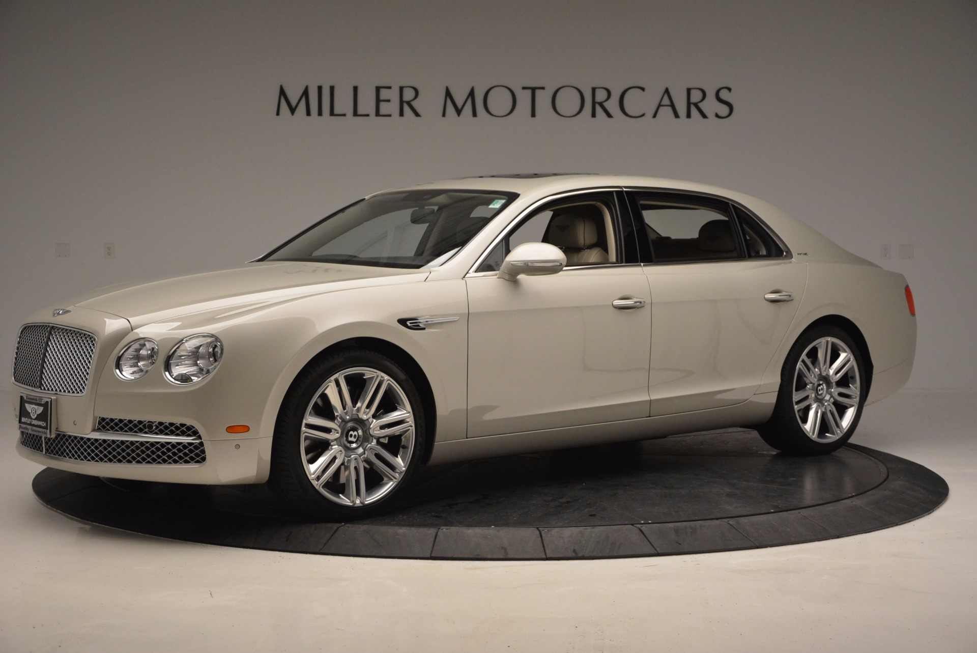 Used 2016 Bentley Flying Spur W12  For Sale In Westport, CT 804_p2