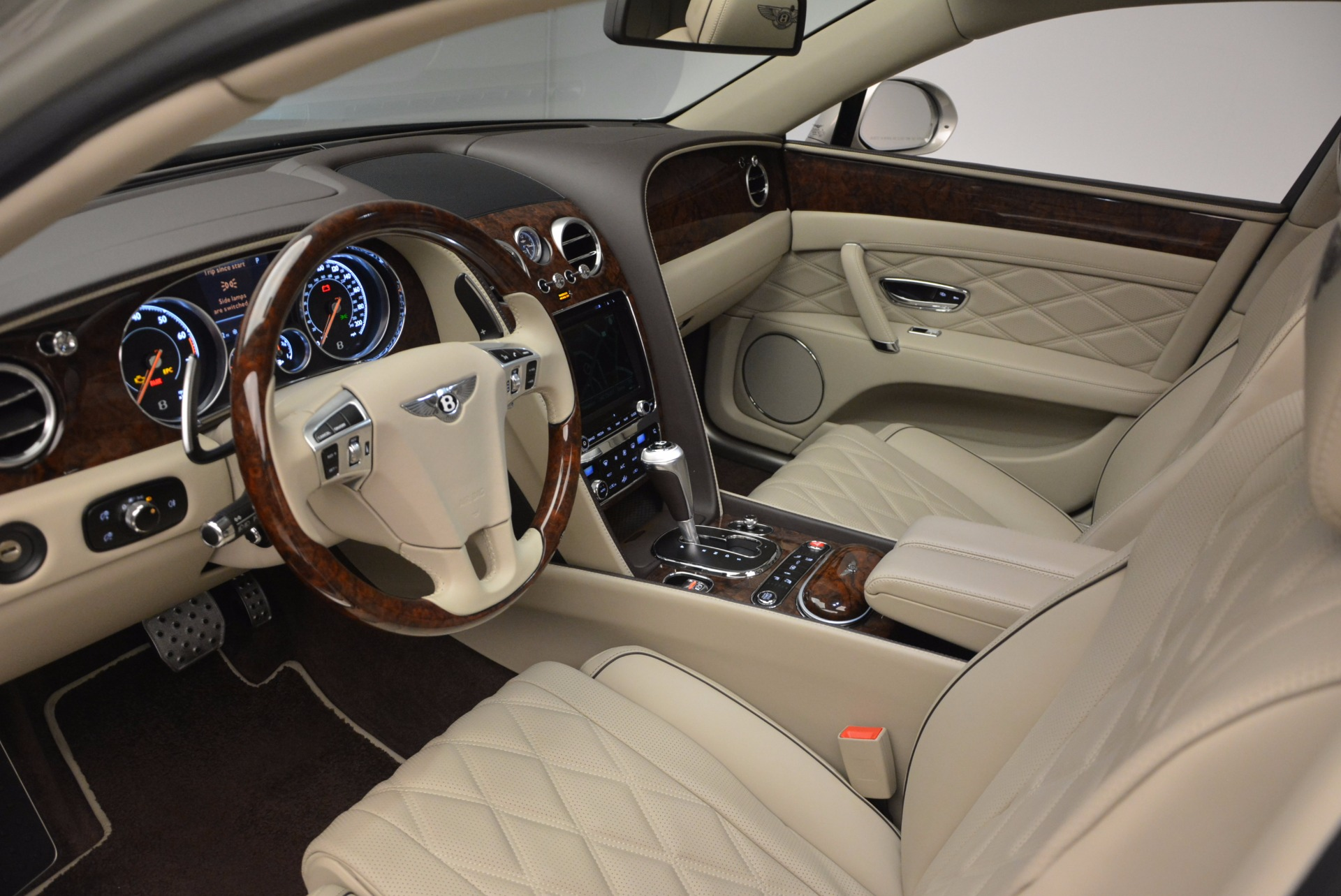 Used 2016 Bentley Flying Spur W12  For Sale In Westport, CT 804_p31