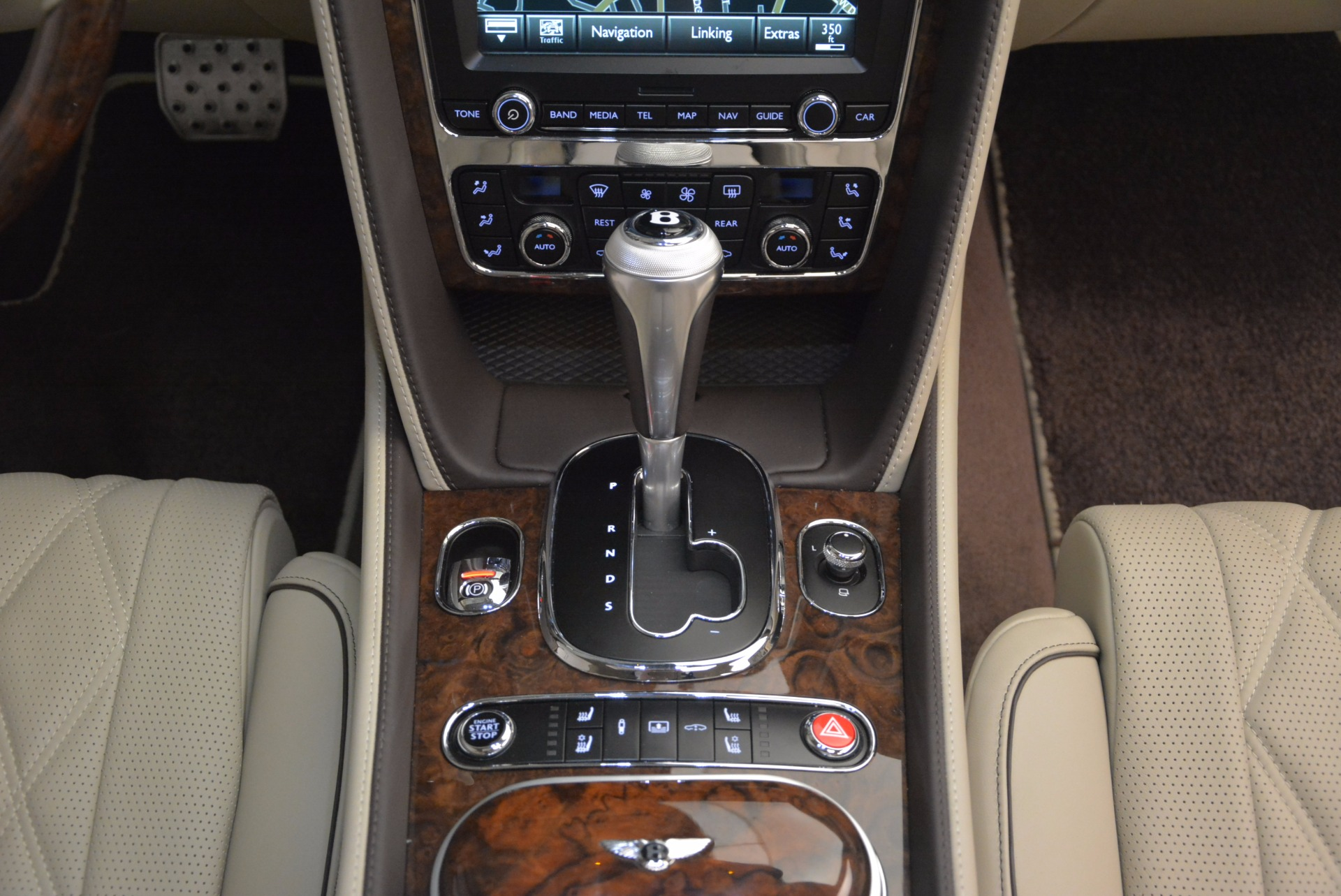Used 2016 Bentley Flying Spur W12  For Sale In Westport, CT 804_p57