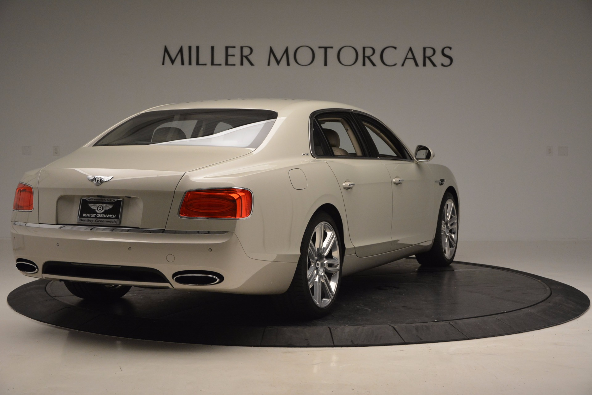 Used 2016 Bentley Flying Spur W12  For Sale In Westport, CT 804_p7