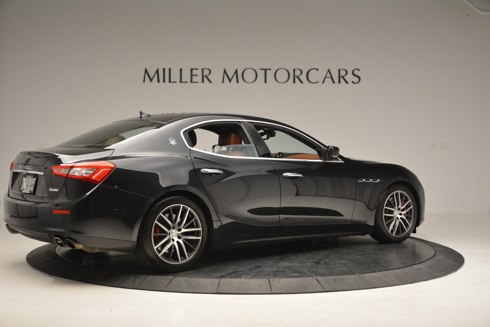 Used 2014 Maserati Ghibli S Q4 For Sale In Westport, CT 805_p8
