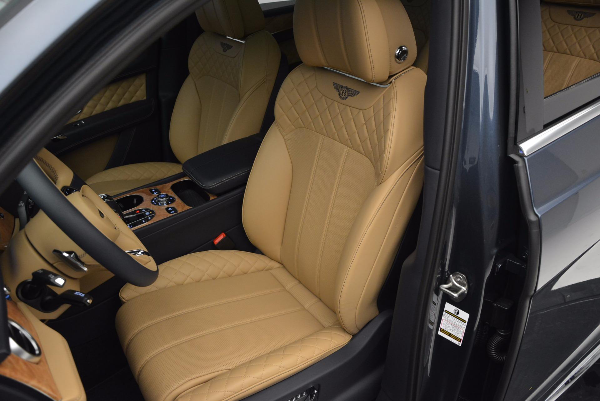 New 2017 Bentley Bentayga  For Sale In Westport, CT 810_p24