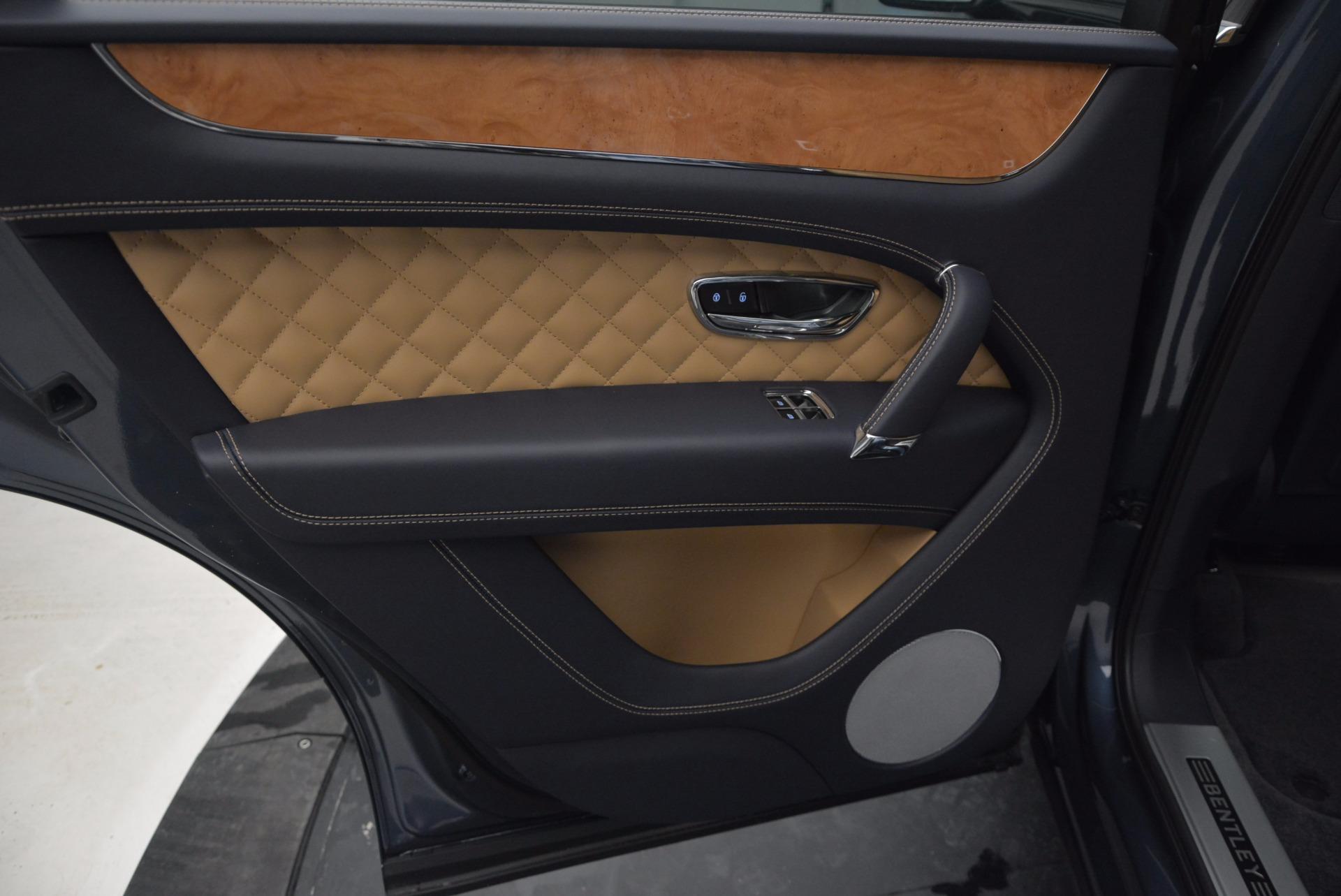 New 2017 Bentley Bentayga  For Sale In Westport, CT 810_p29