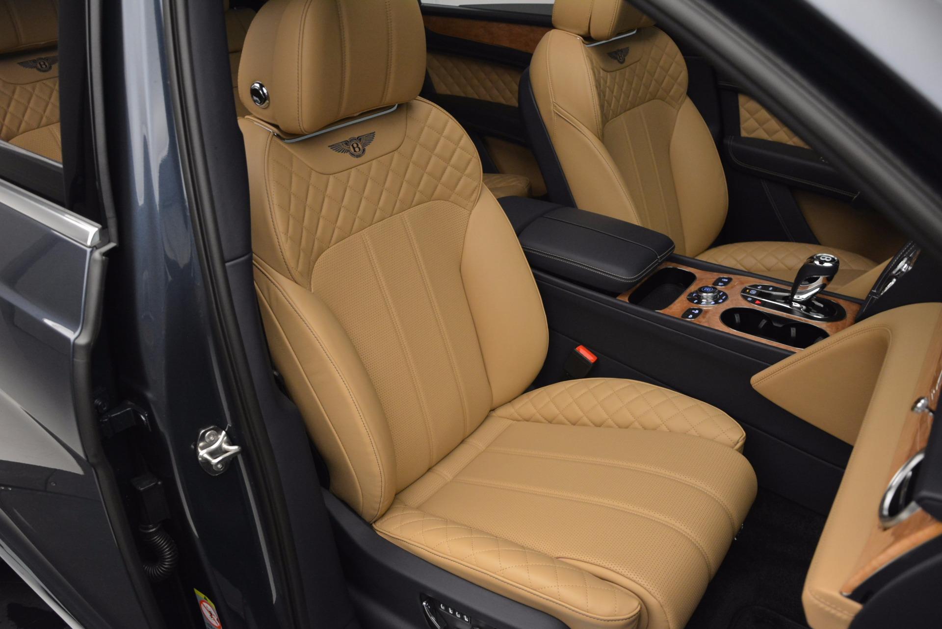 New 2017 Bentley Bentayga  For Sale In Westport, CT 810_p39