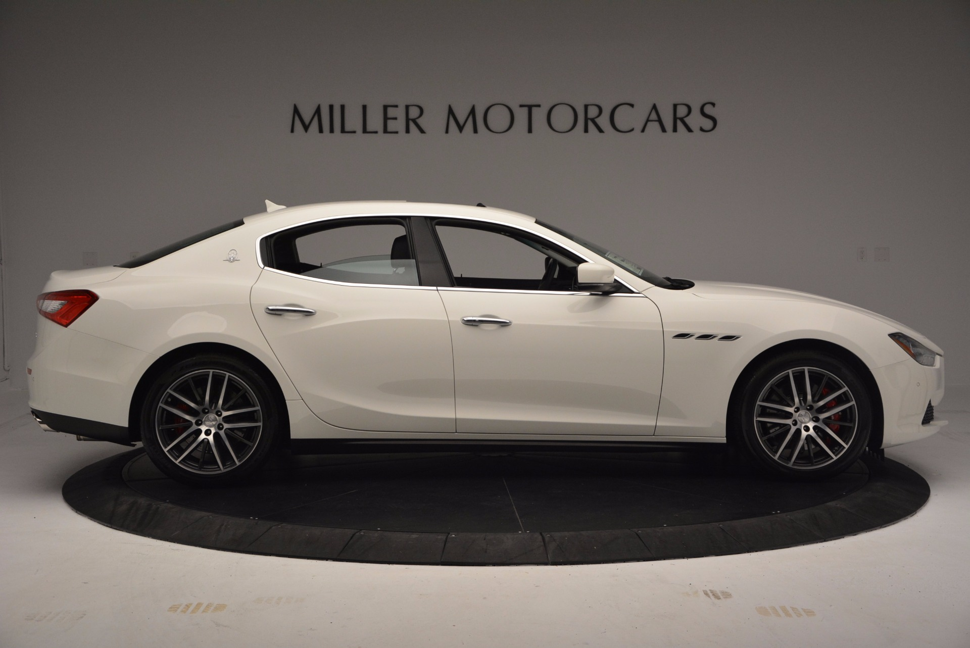 Used 2017 Maserati Ghibli S Q4 For Sale In Westport, CT 813_p10