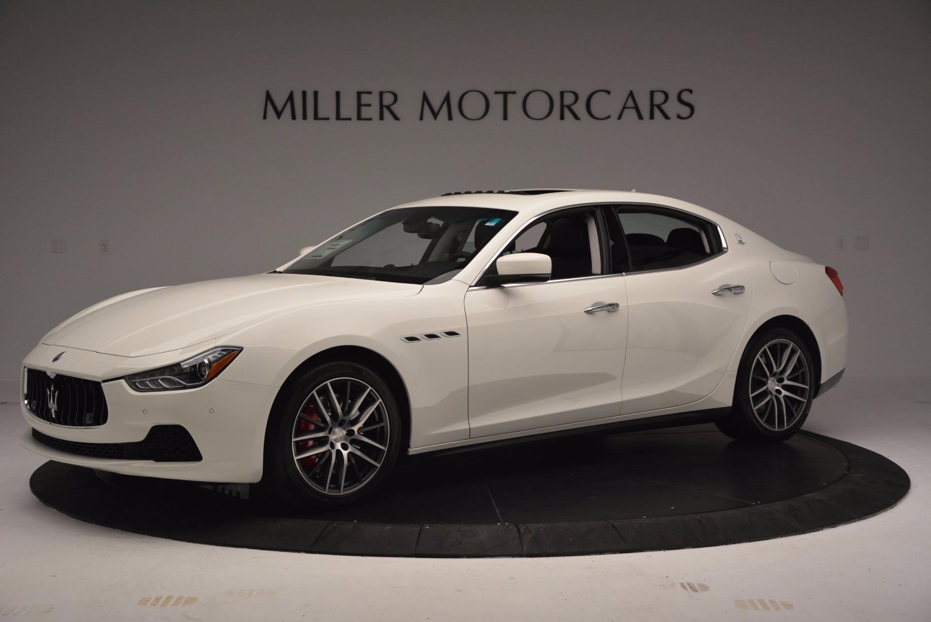 Used 2017 Maserati Ghibli S Q4 For Sale In Westport, CT 813_p3
