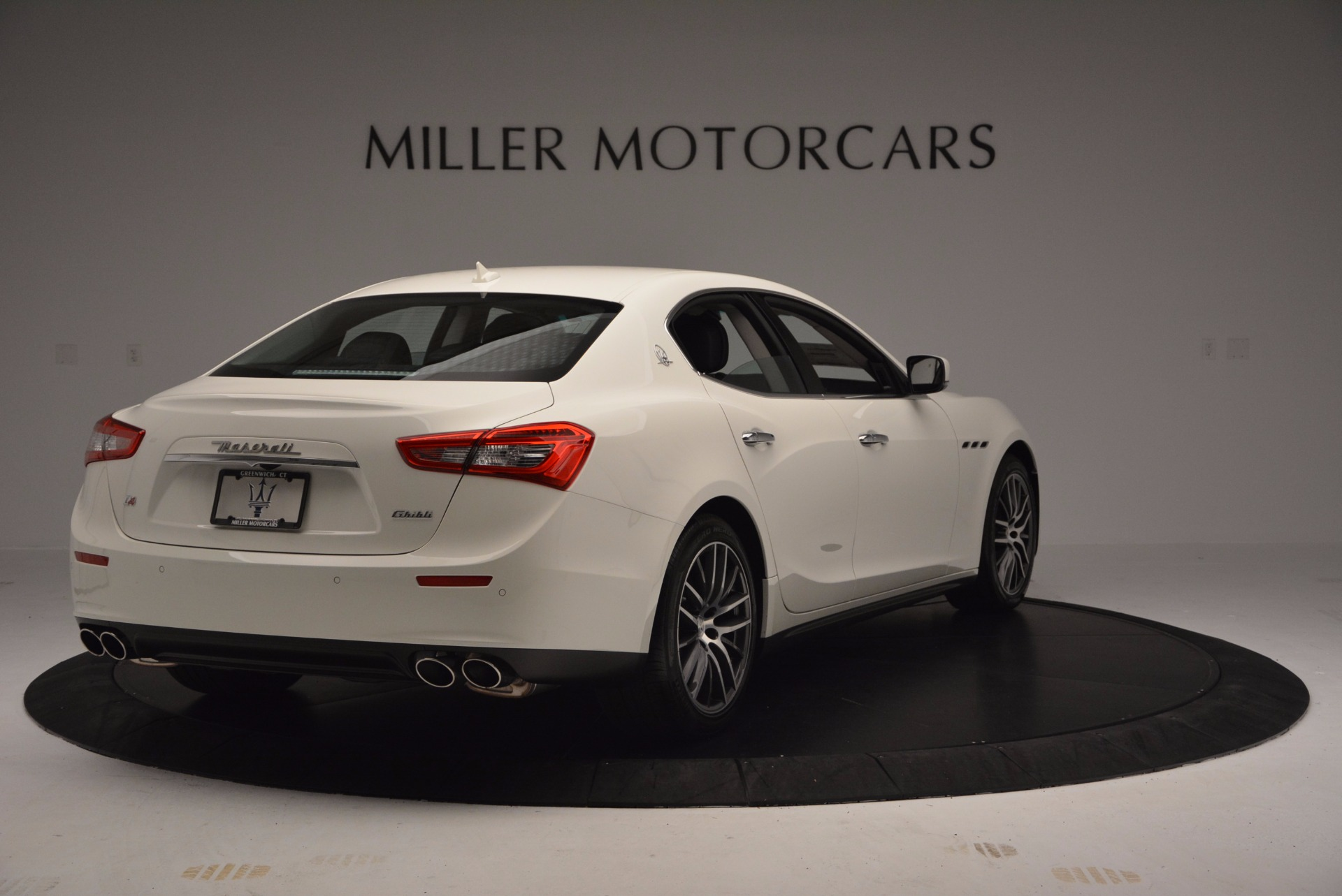 Used 2017 Maserati Ghibli S Q4 For Sale In Westport, CT 813_p8
