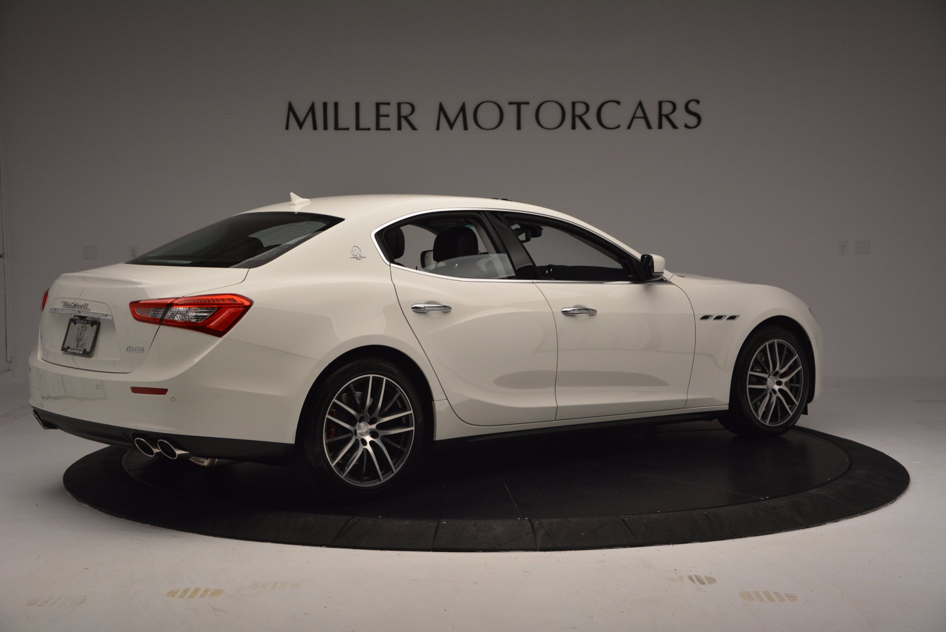 Used 2017 Maserati Ghibli S Q4 For Sale In Westport, CT 813_p9
