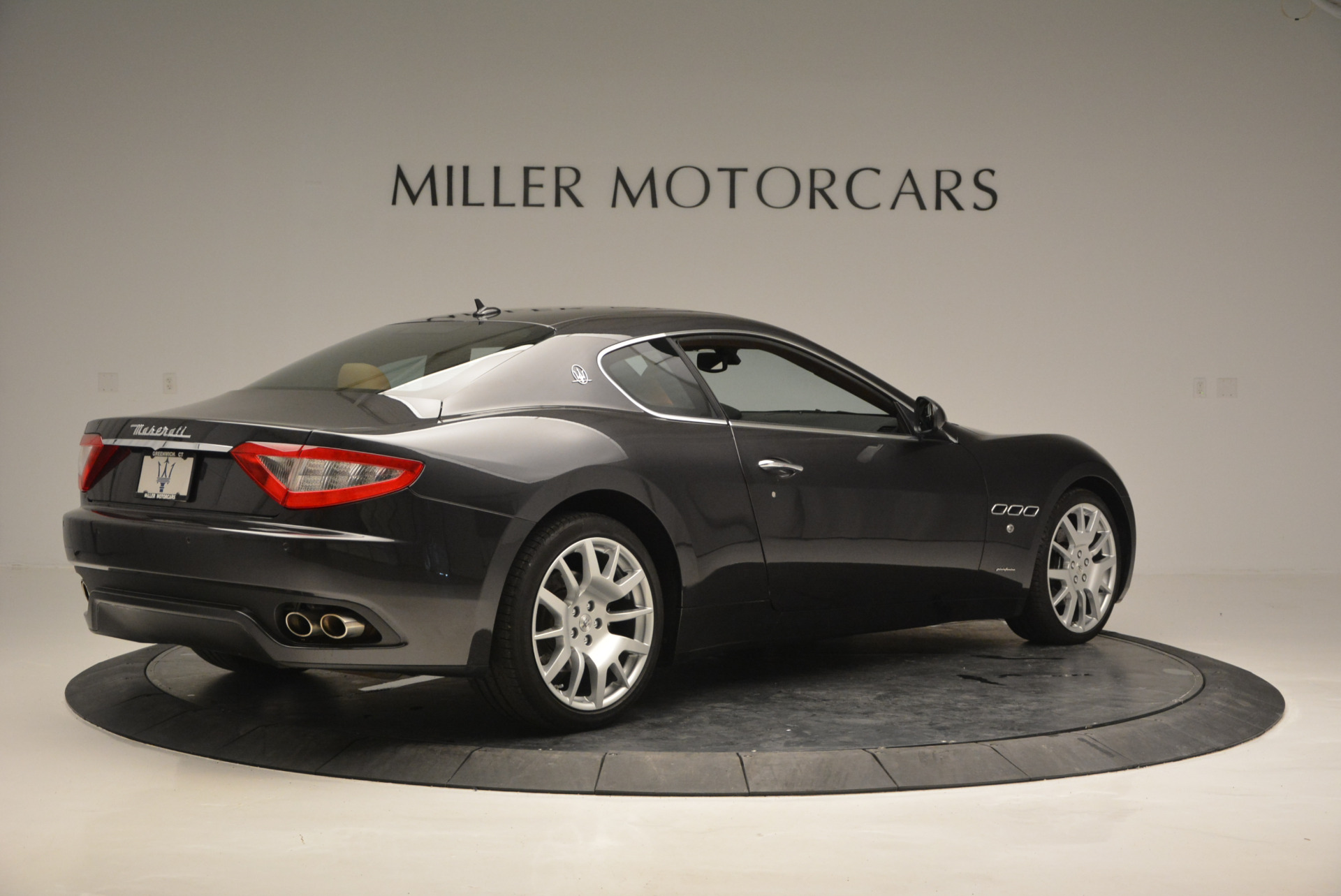Used 2011 Maserati GranTurismo  For Sale In Westport, CT 816_p8