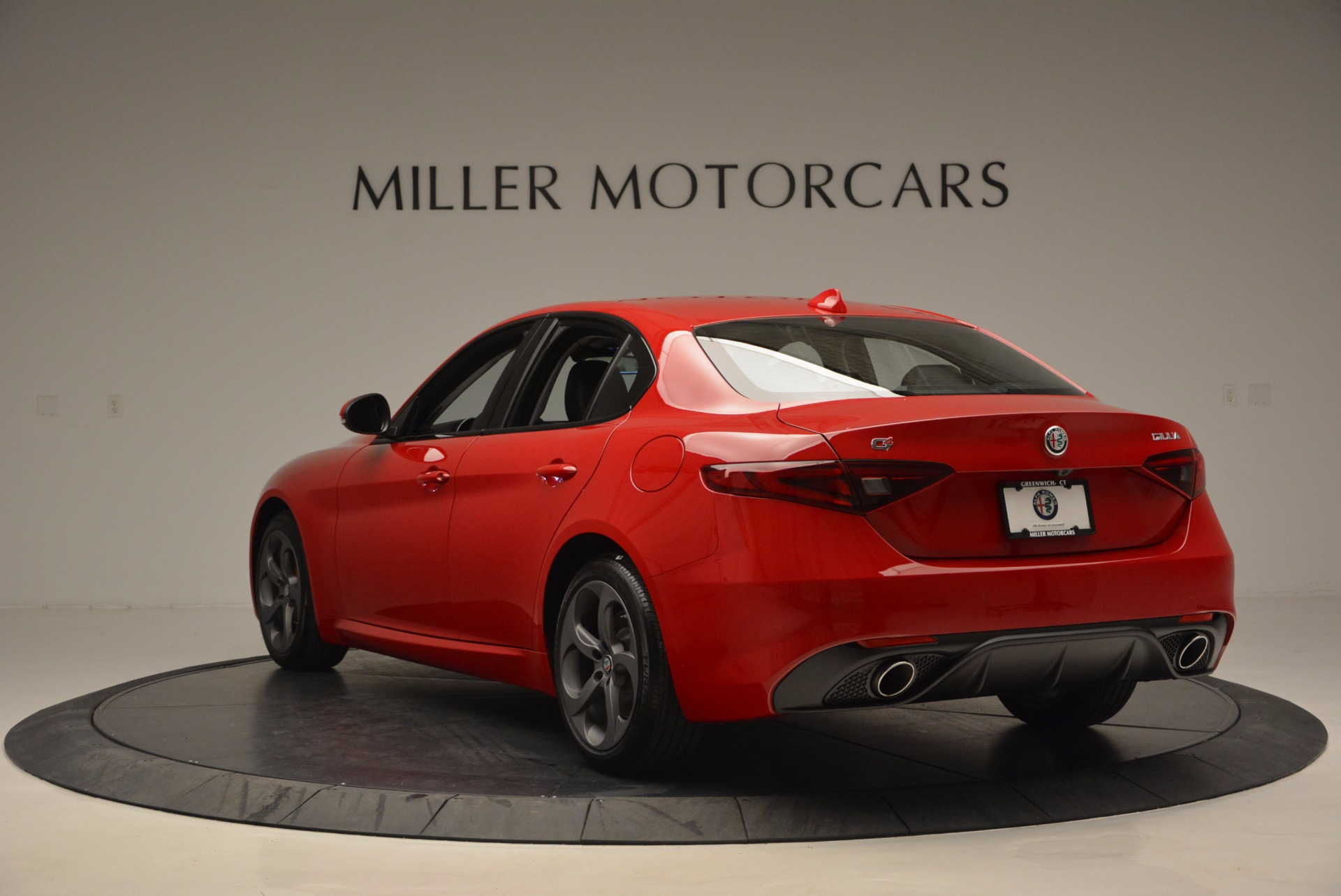 New 2017 Alfa Romeo Giulia Q4 For Sale In Westport, CT 827_p5