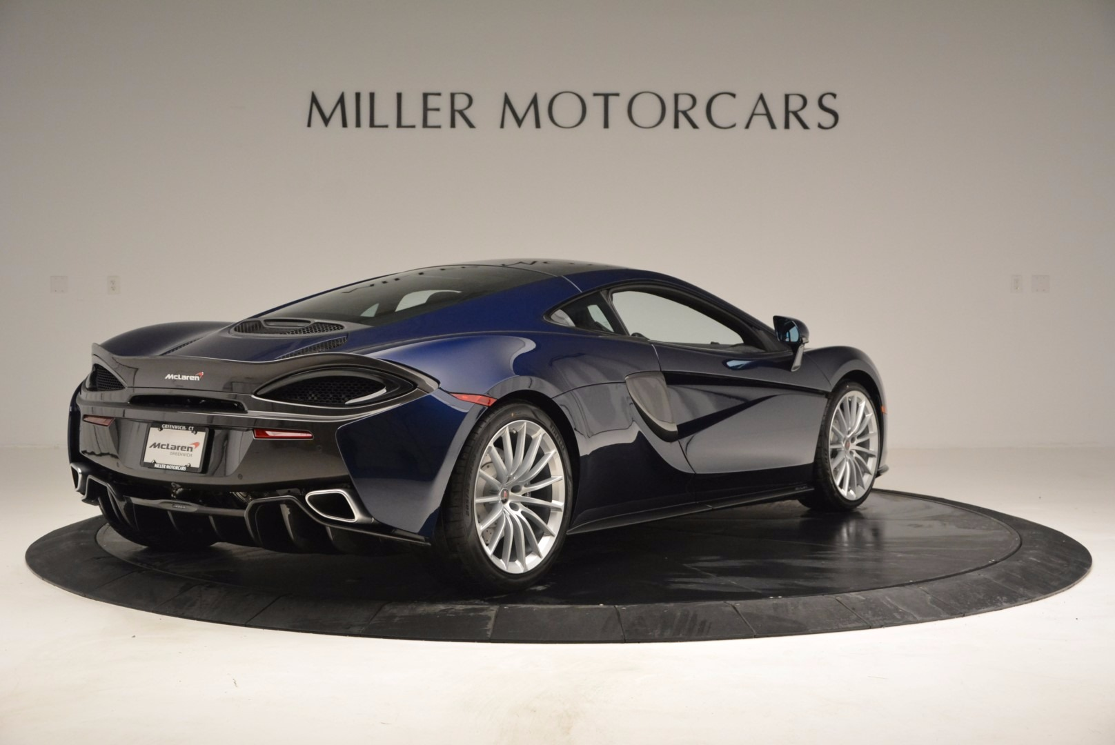 New 2017 McLaren 570GT  For Sale In Westport, CT 832_p7