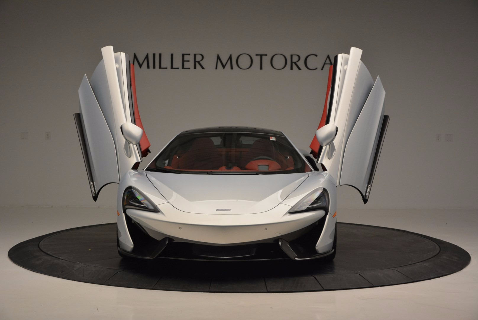 Used 2017 McLaren 570GT  For Sale In Westport, CT 834_p13
