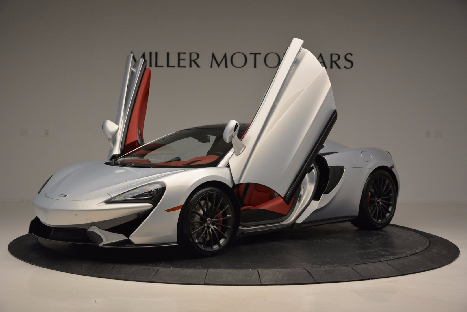 Used 2017 McLaren 570GT  For Sale In Westport, CT 834_p14