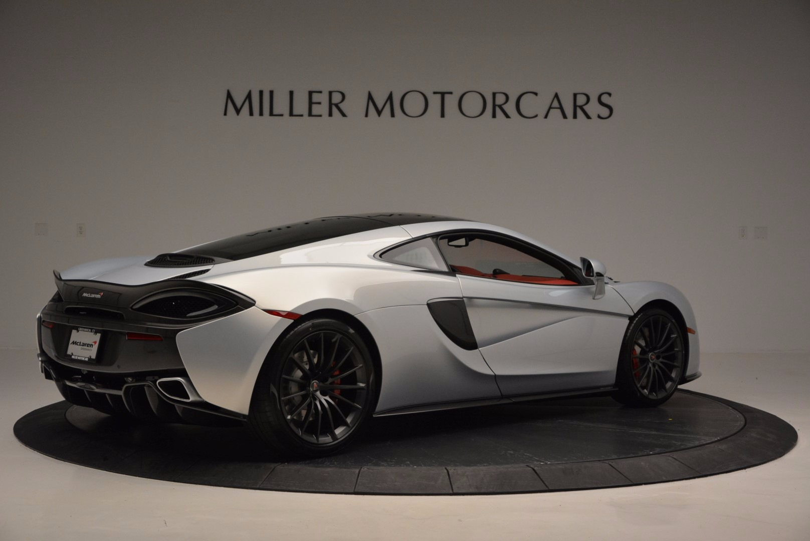 Used 2017 McLaren 570GT  For Sale In Westport, CT 834_p8