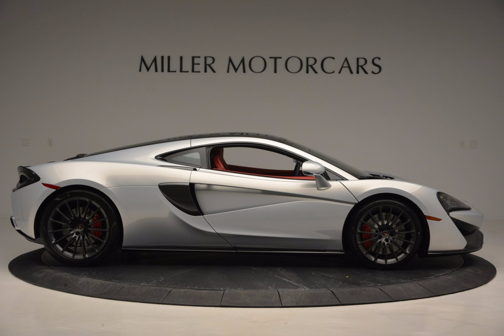 Used 2017 McLaren 570GT  For Sale In Westport, CT 834_p9