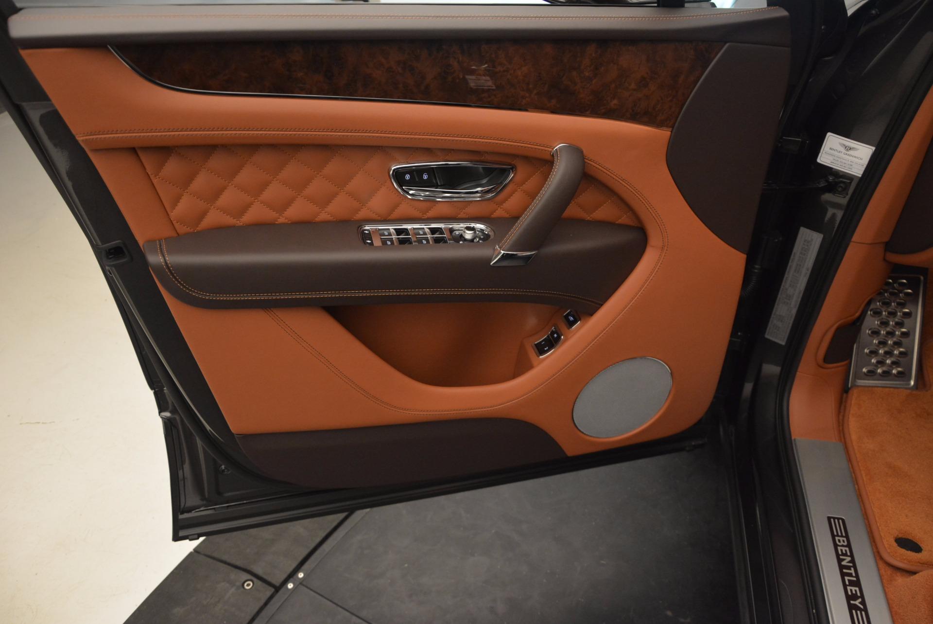 New 2017 Bentley Bentayga  For Sale In Westport, CT 852_p22