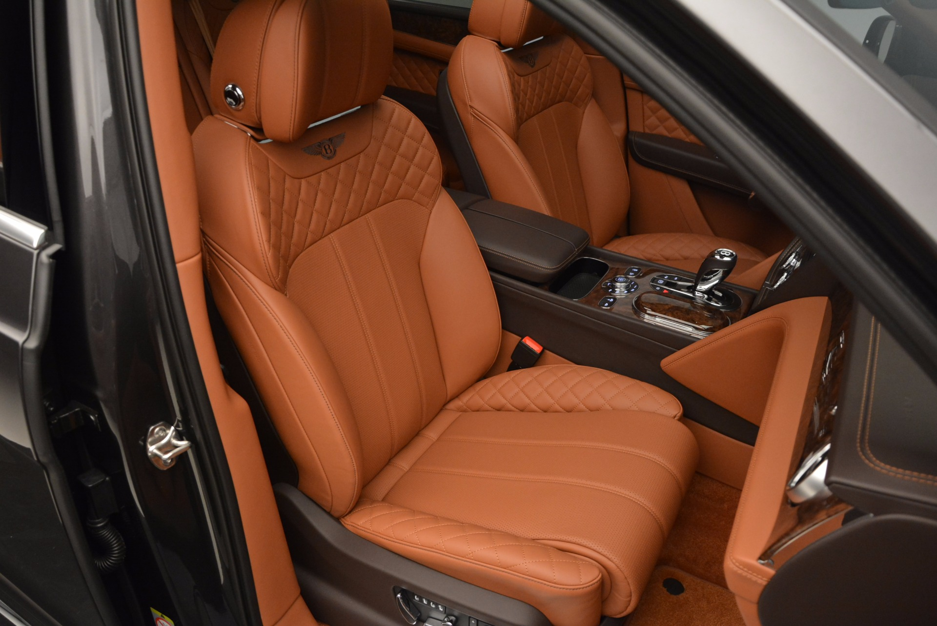New 2017 Bentley Bentayga  For Sale In Westport, CT 852_p41